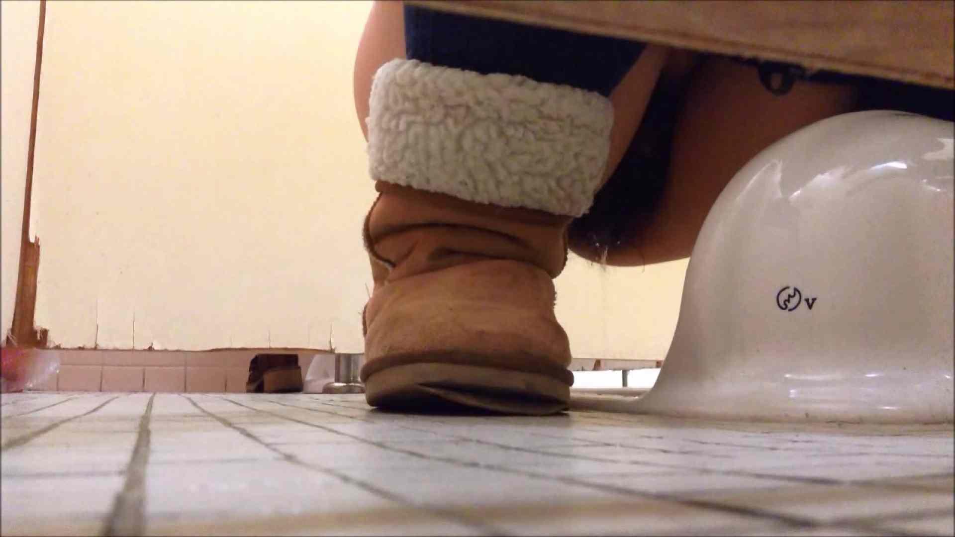 某有名大学女性洗面所 vol.09 投稿 隠し撮りセックス画像 109連発 22