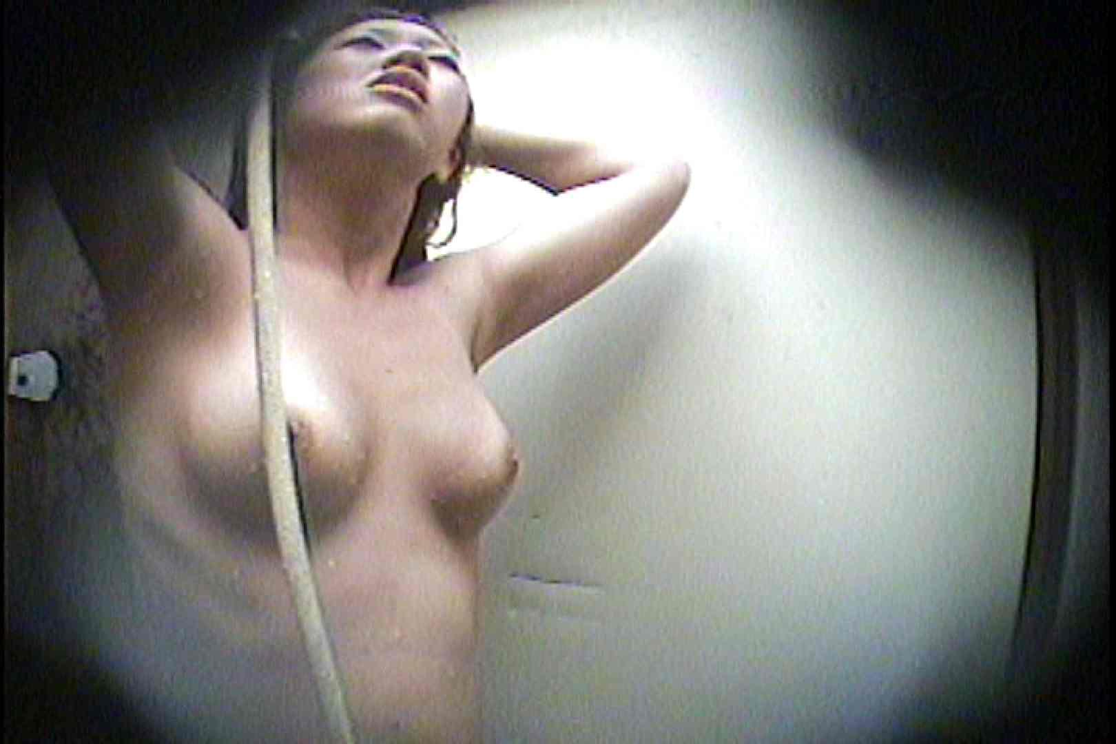 海の家の更衣室 Vol.21 シャワー   OL女体  44連発 19