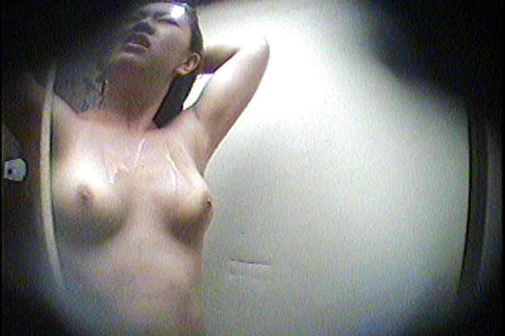 海の家の更衣室 Vol.21 シャワー   OL女体  44連発 22