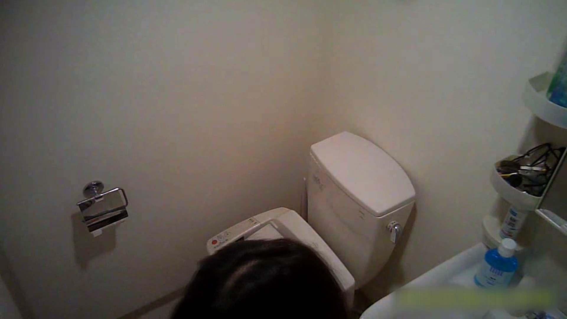 元気いっぱいノリノリ系なB子23歳(仮名)Vol.01 トイレ着替え編 トイレ流出 えろ無修正画像 66連発 20