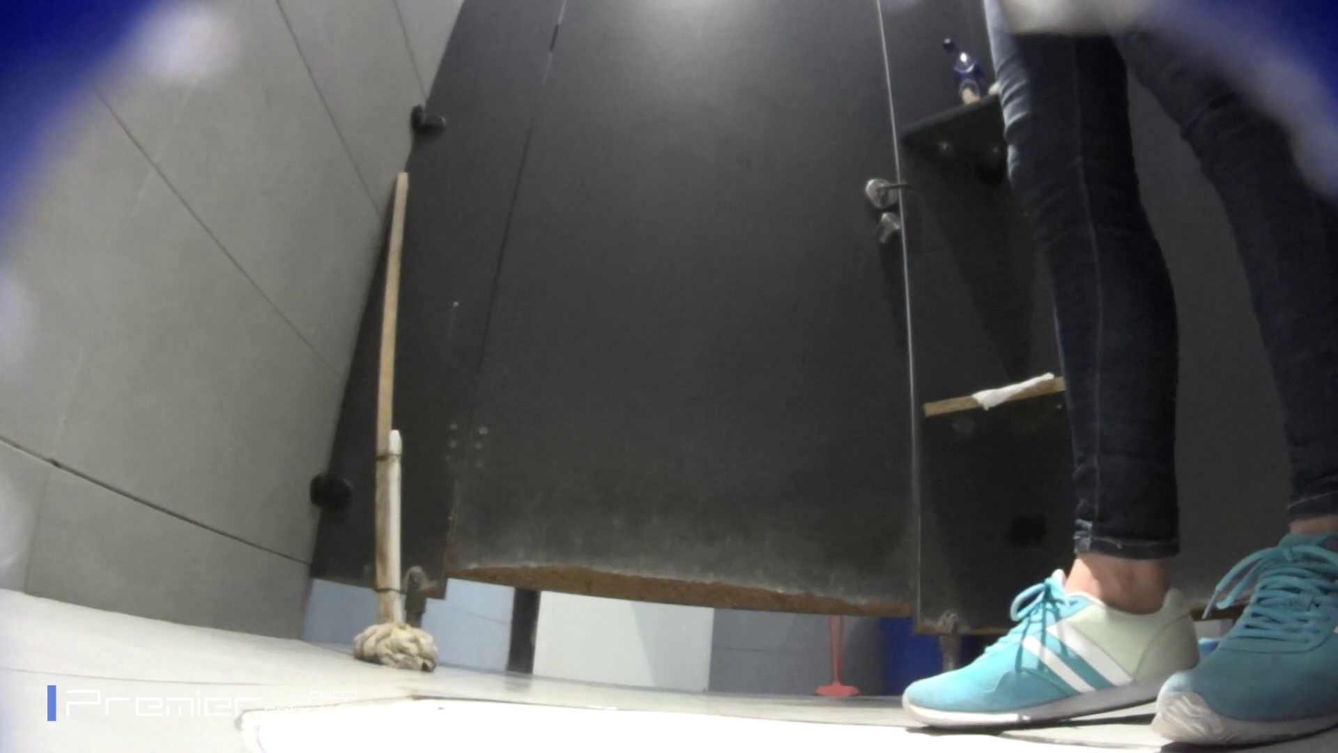 ゆっくりと大に勤しむ乙女 大学休憩時間の洗面所事情84 美女 すけべAV動画紹介 43連発 14