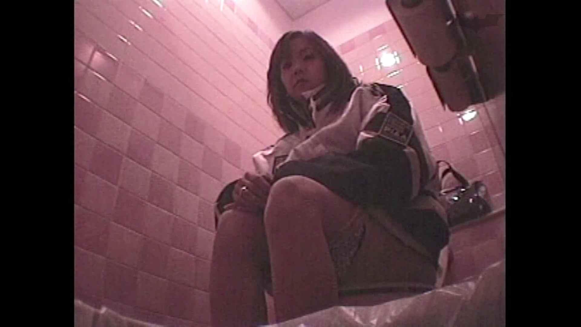 レース場での秘め事 Vol.08 潜入 盗撮ヌード画像 54連発 3