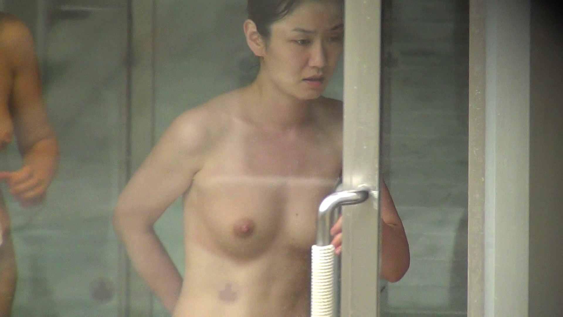 Vol.79 気の強そうなお女市さんの乳首は大きめのピンク 美女 われめAV動画紹介 79連発 38
