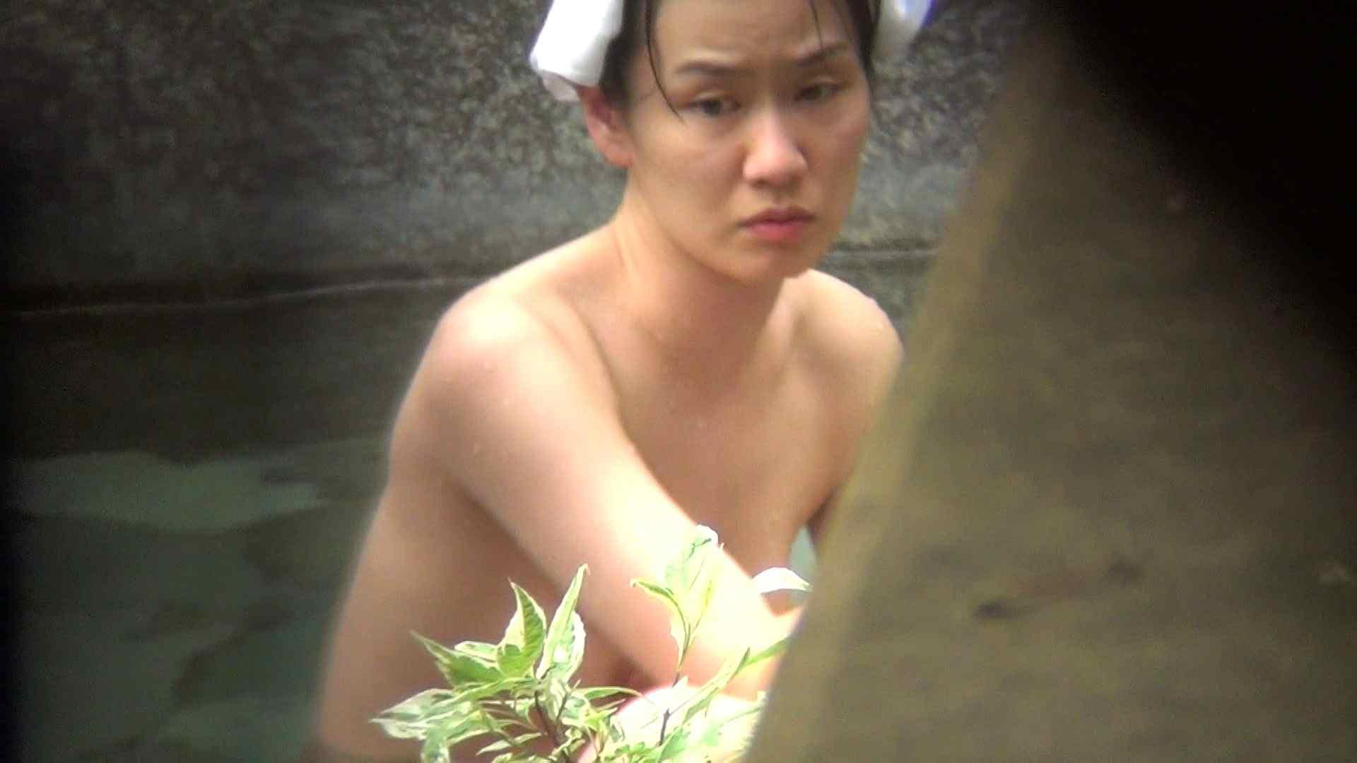 Vol.79 気の強そうなお女市さんの乳首は大きめのピンク 露天 | 裸体  79連発 66