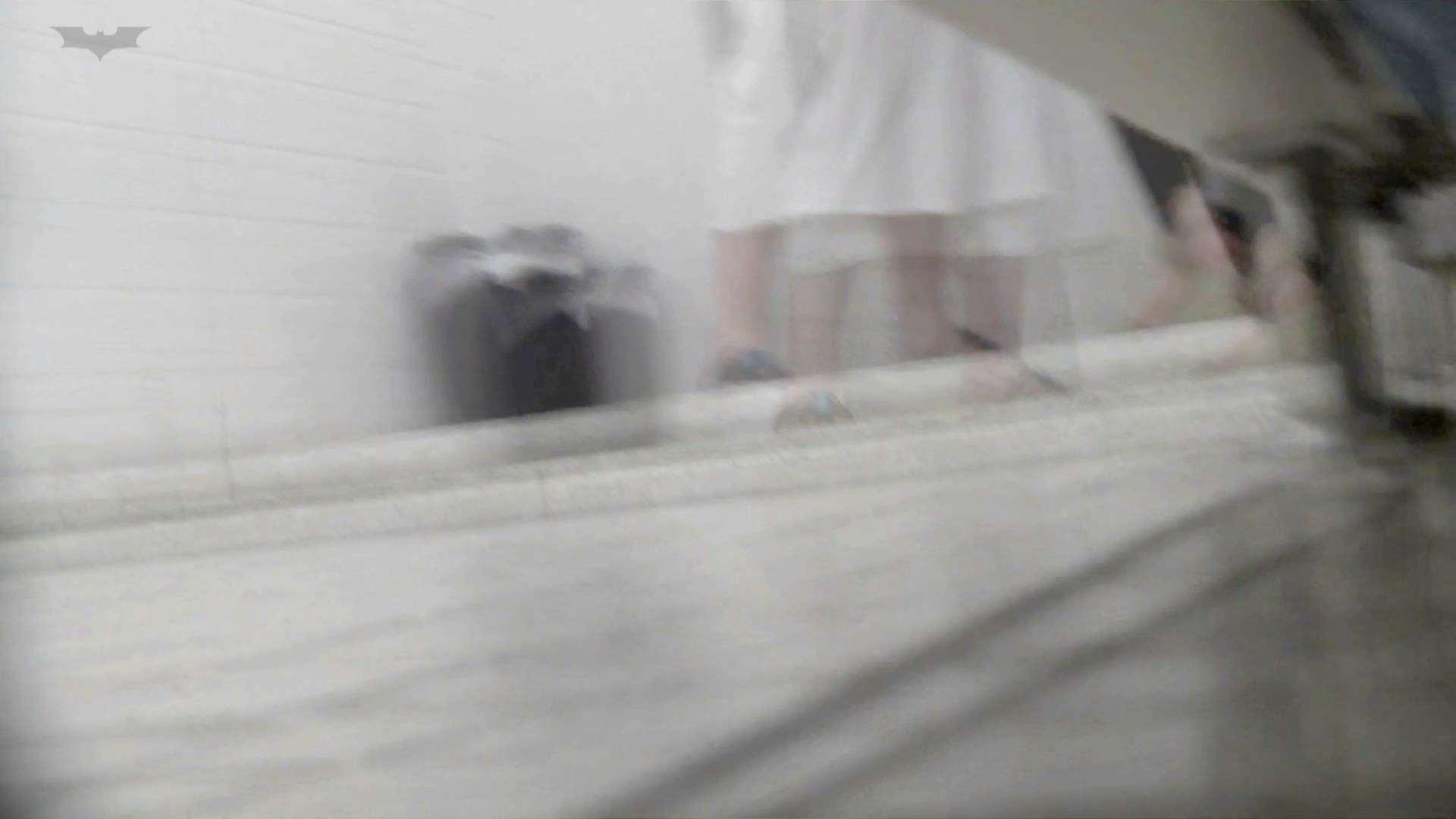 お銀 vol.73 シリーズ一番エロい尻登場 洗面所 | 美人  50連発 19