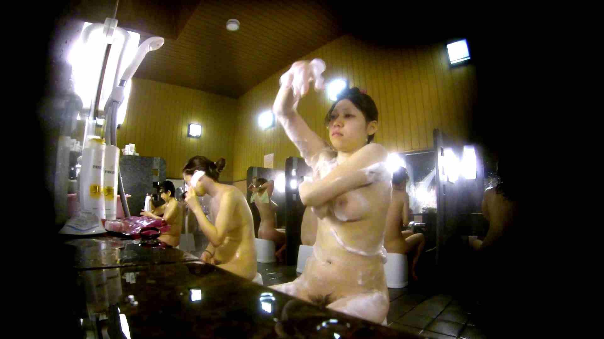 洗い場!柔らかそうな身体は良いけど、歯磨きが下品です。 銭湯   潜入  67連発 47