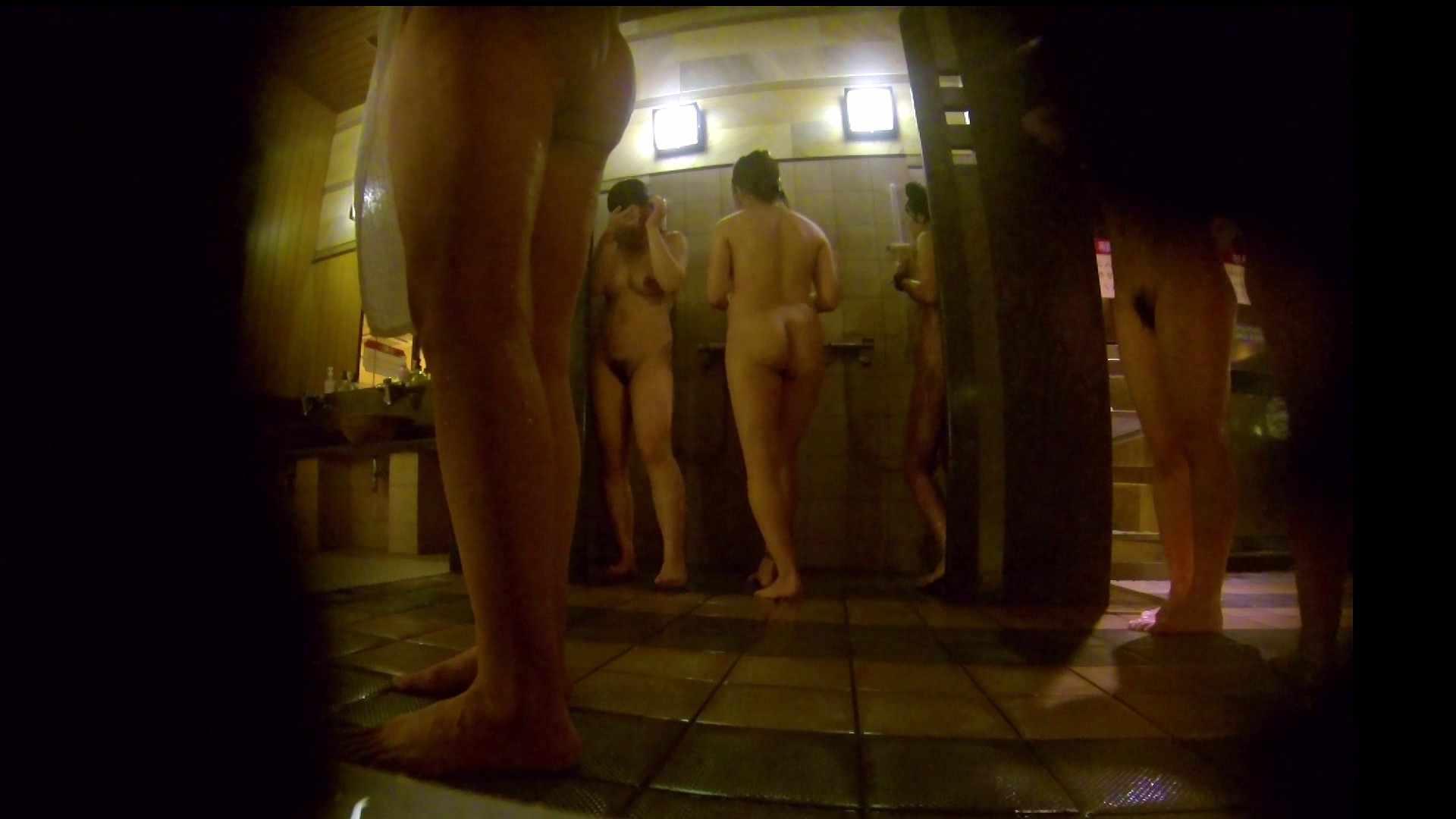 微妙な二人と立ち姿女体のオムニバス 銭湯 | 潜入  67連発 11
