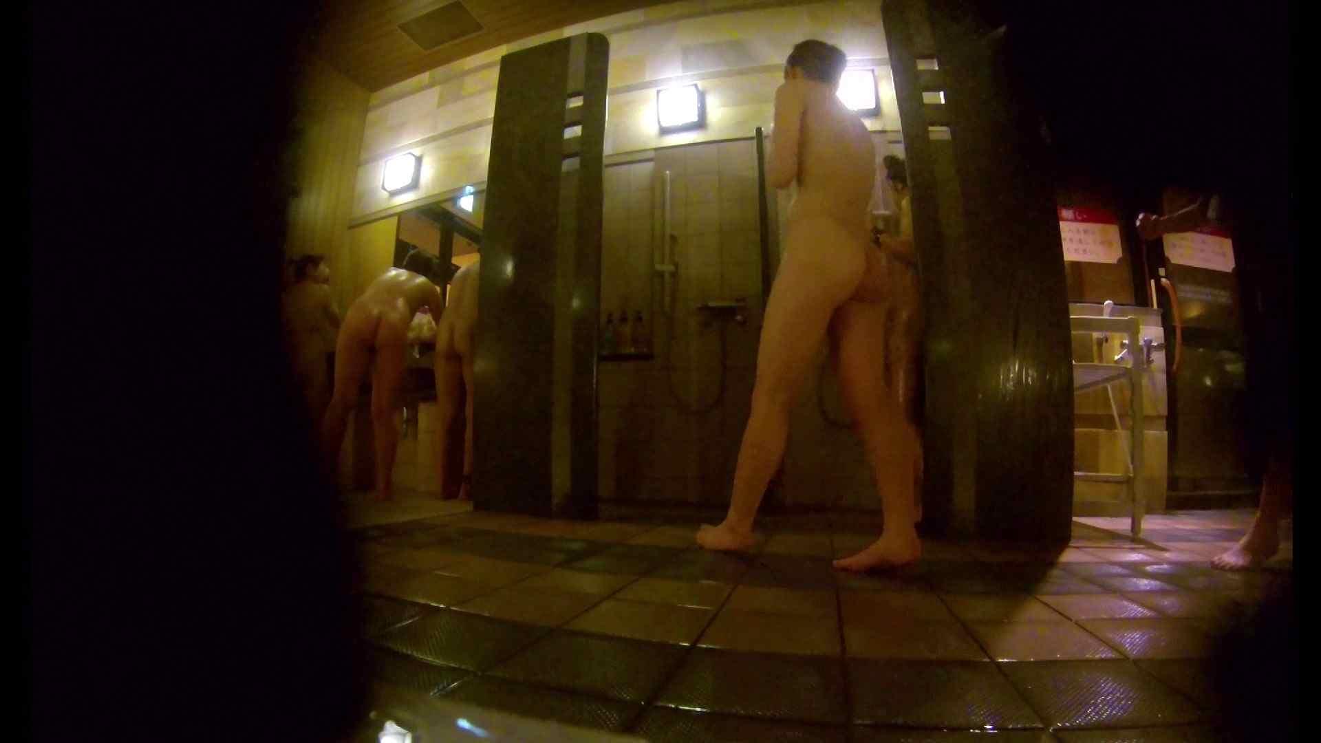 微妙な二人と立ち姿女体のオムニバス 銭湯 | 潜入  67連発 21