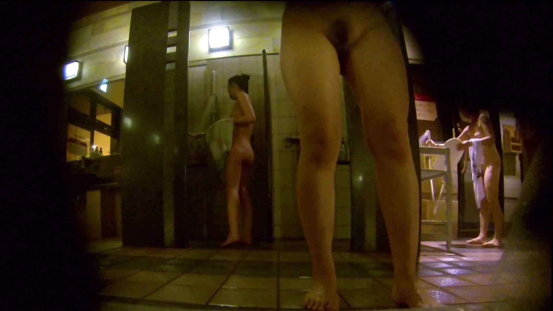 微妙な二人と立ち姿女体のオムニバス 銭湯 | 潜入  67連発 37