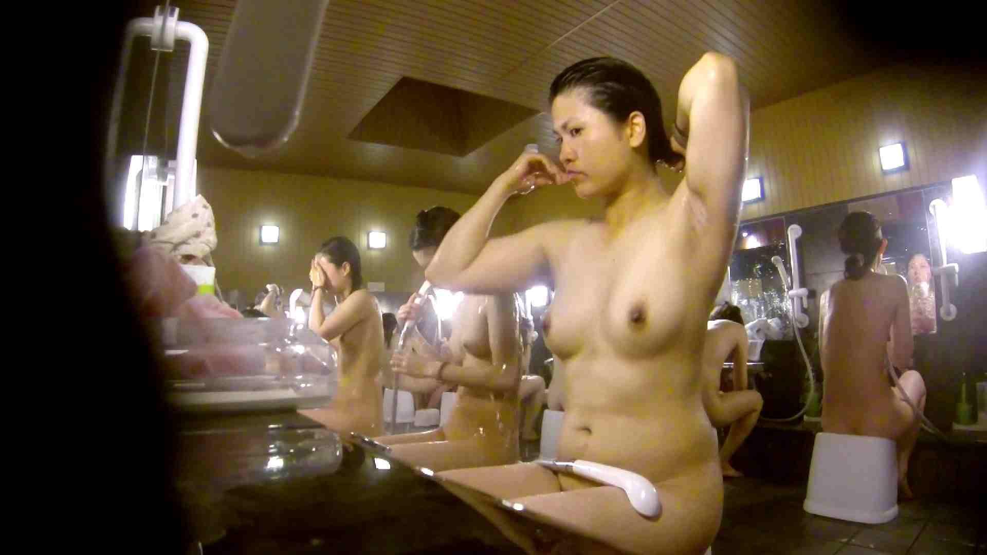 微妙な二人と立ち姿女体のオムニバス 銭湯 | 潜入  67連発 55