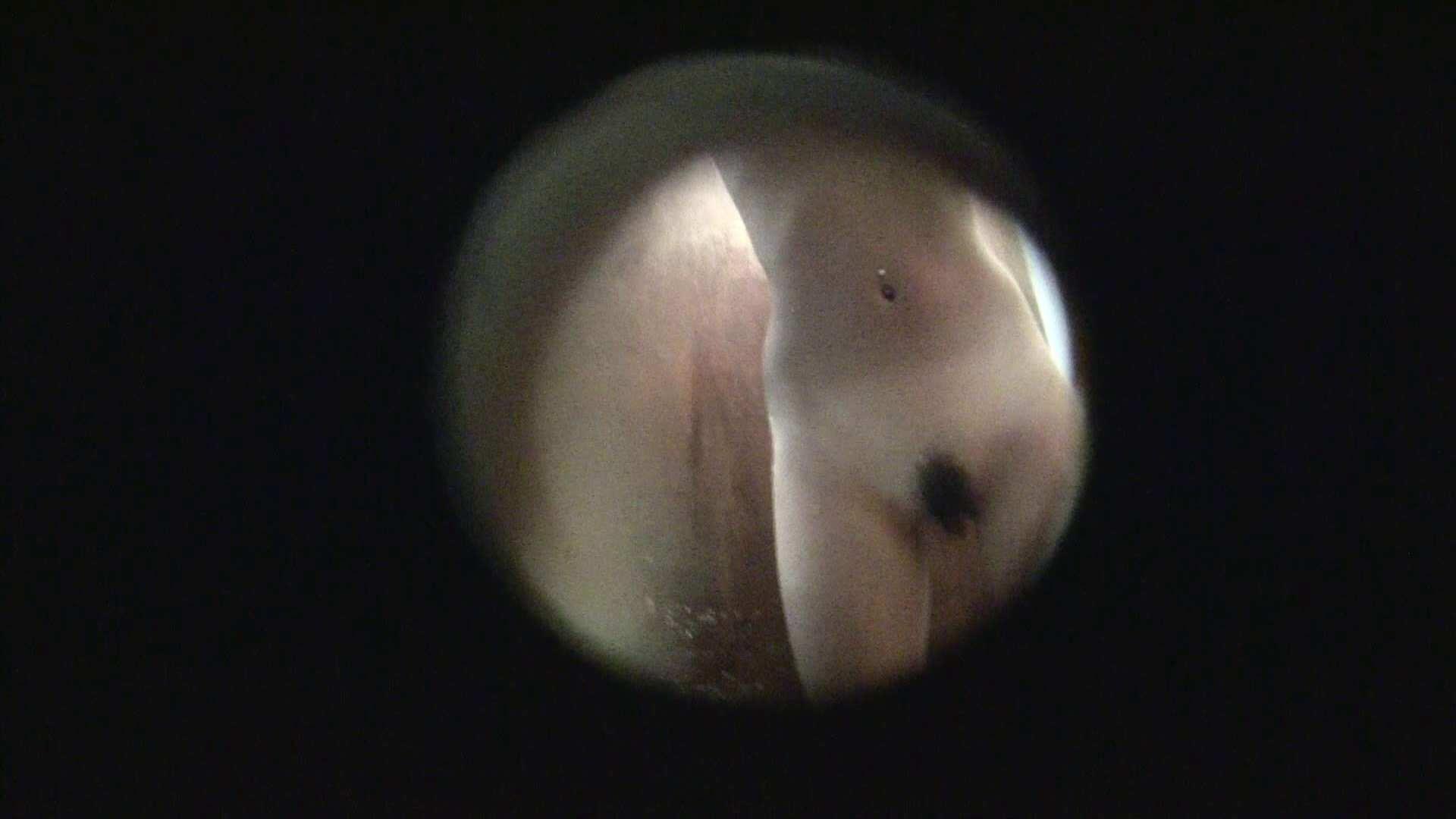 NO.02 見事に日焼けした年齢不詳のお女市さん シャワー室 盗み撮り動画キャプチャ 104連発 91