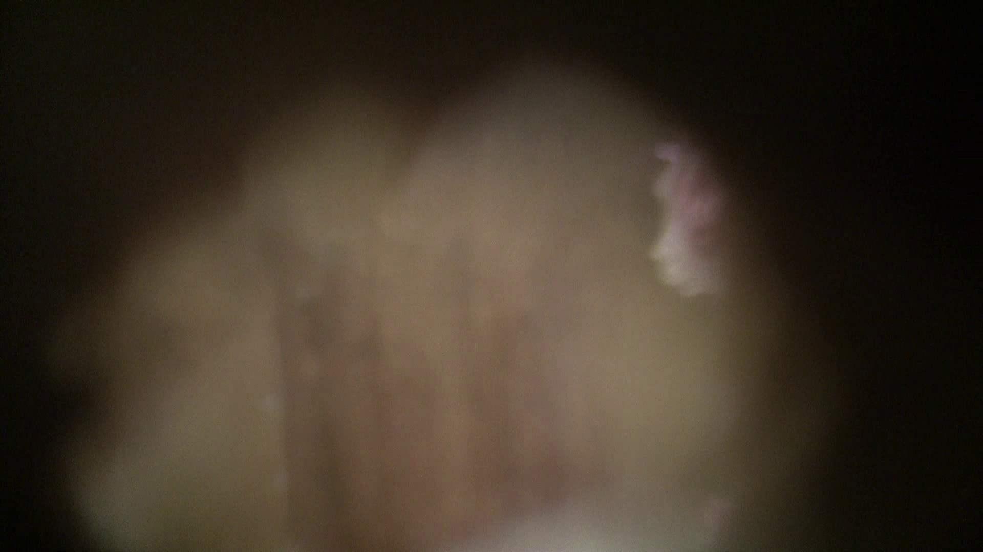 NO.06 目線が! シャワー室 エロ無料画像 40連発 14