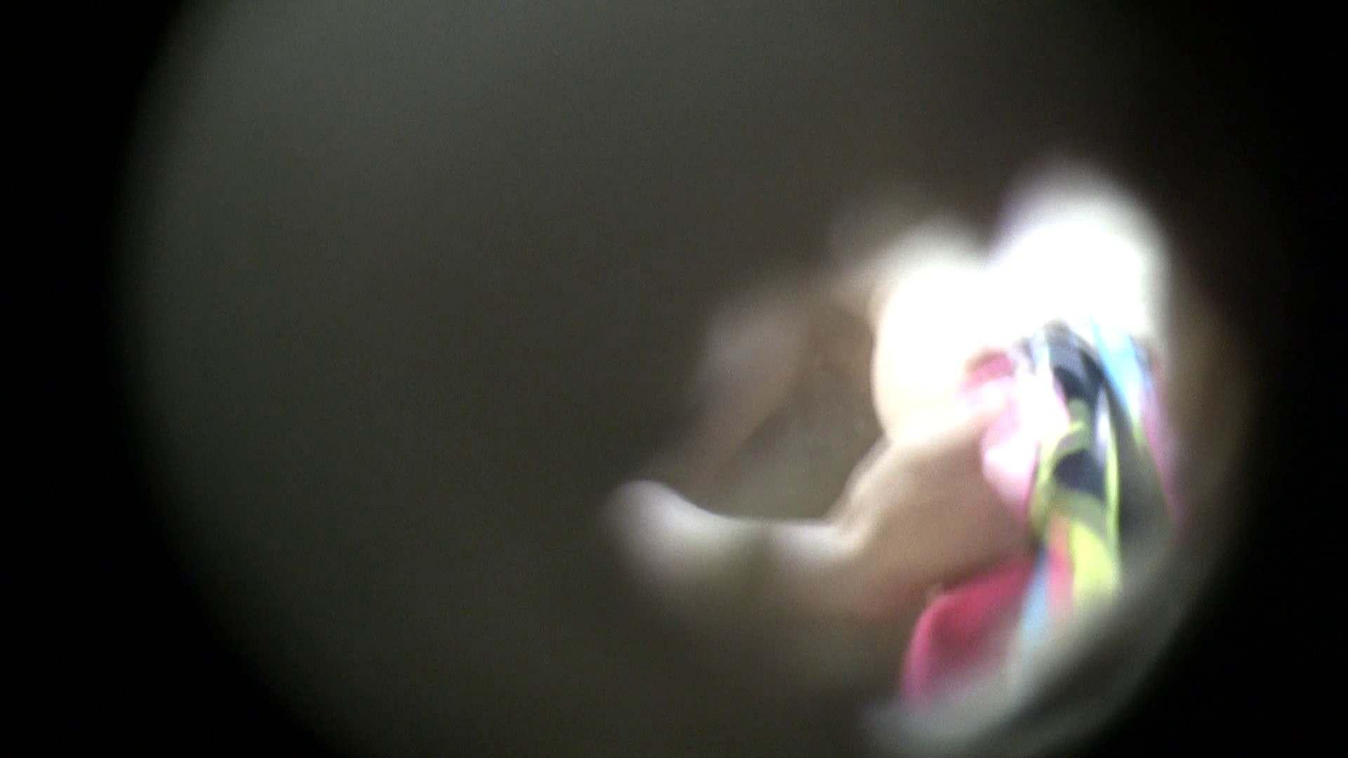 NO.06 目線が! シャワー室 エロ無料画像 40連発 32