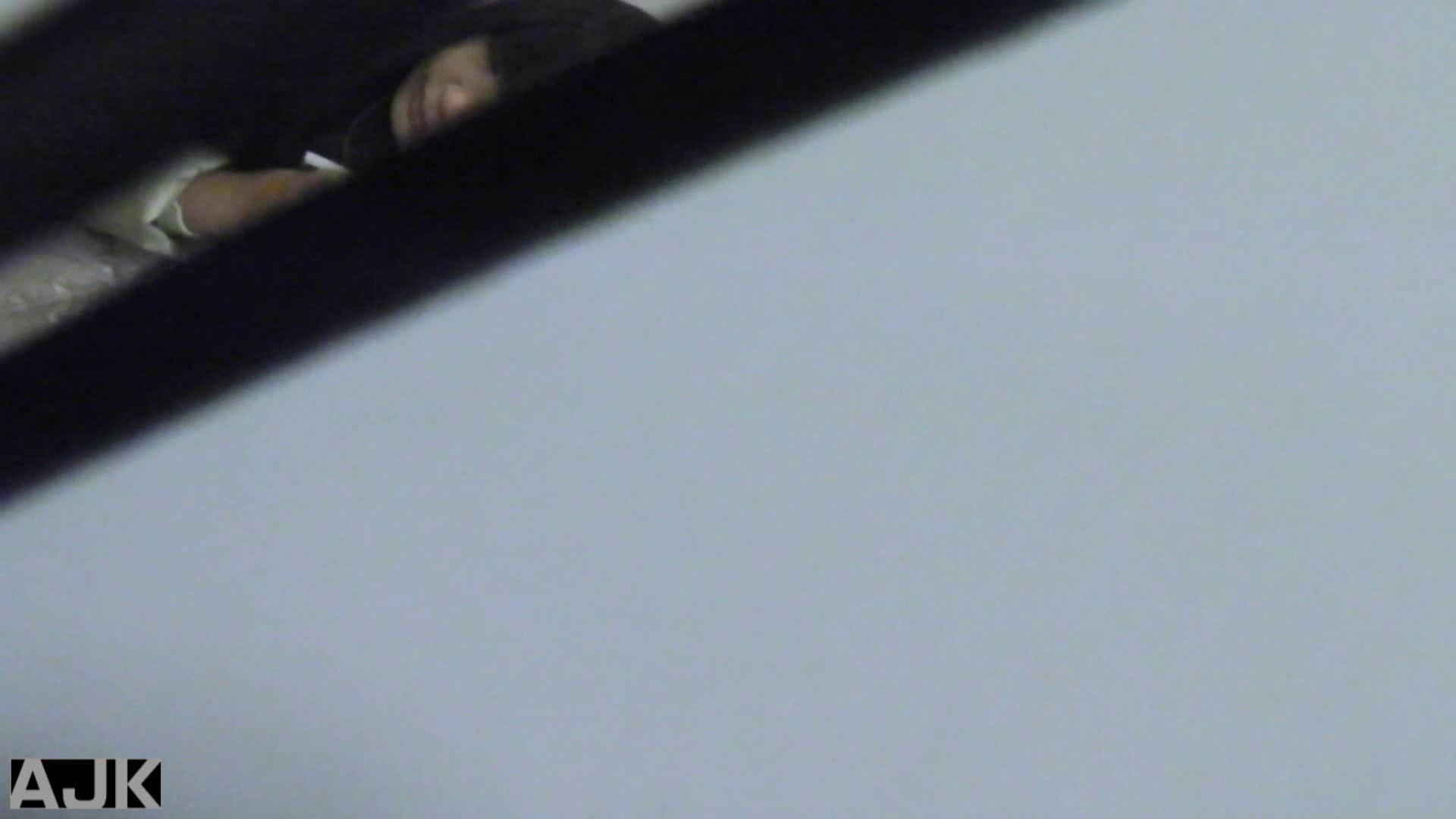 神降臨!史上最強の潜入かわや! vol.28 マンコ エロ無料画像 109連発 60