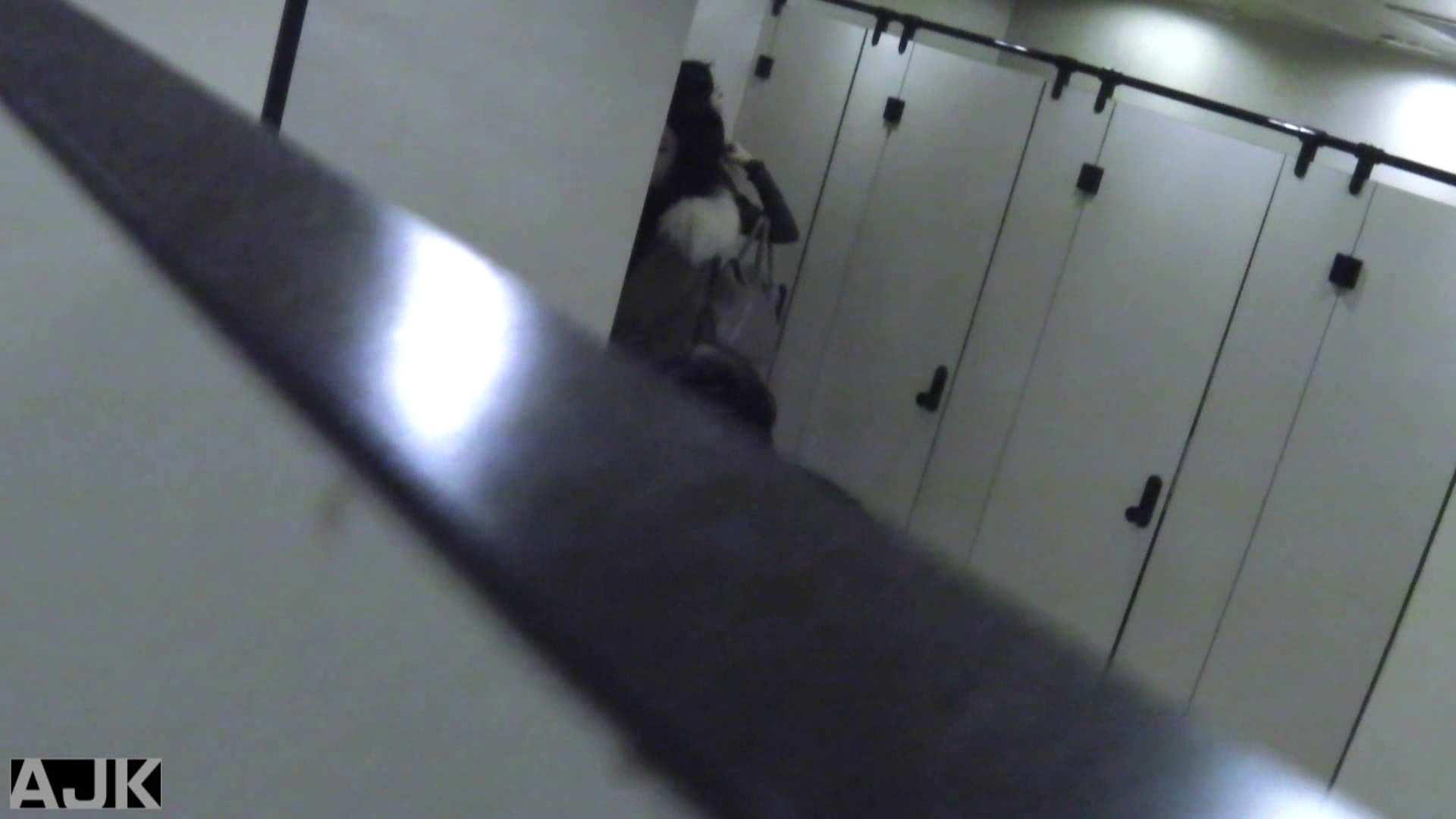 神降臨!史上最強の潜入かわや! vol.28 マンコ エロ無料画像 109連発 102