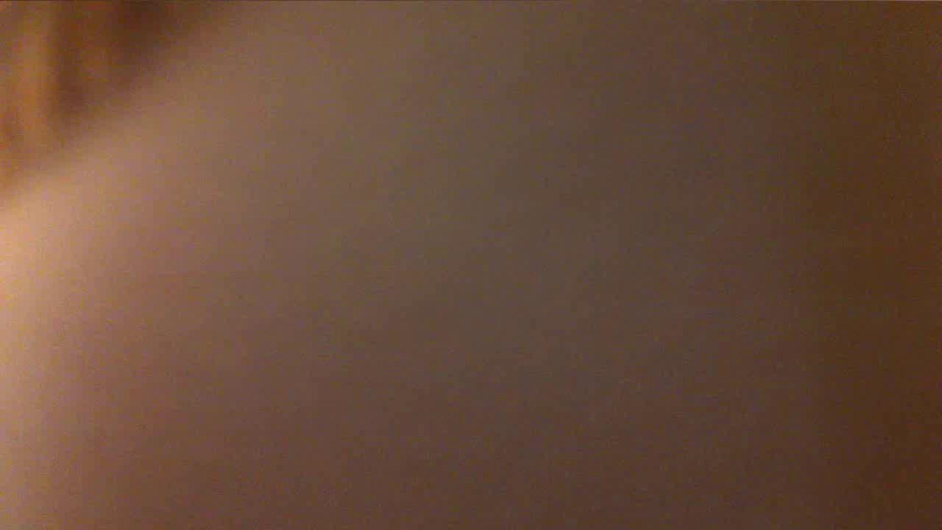 vol.40 美人アパレル胸チラ&パンチラ もっこりパンチラ! 接写  85連発 12
