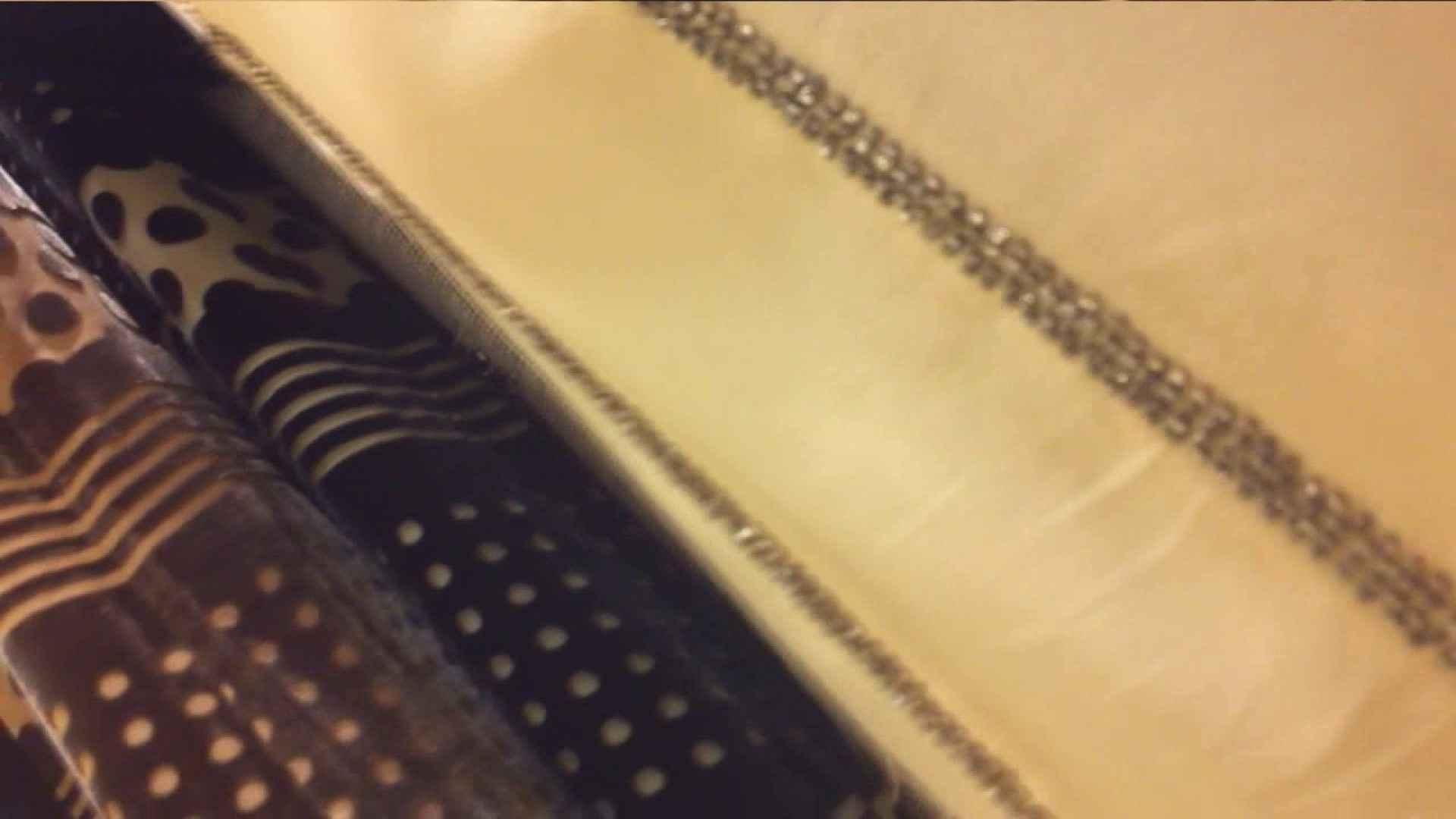 vol.40 美人アパレル胸チラ&パンチラ もっこりパンチラ! 胸チラ 盗撮動画紹介 85連発 83