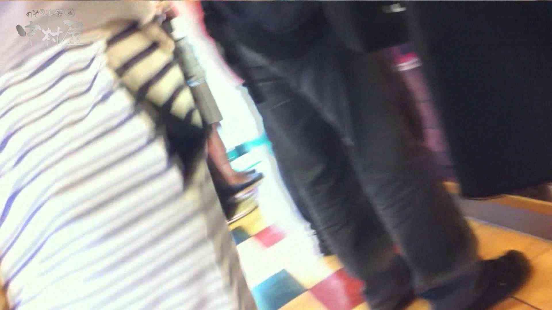 vol.75 美人アパレル胸チラ&パンチラ きれいな髪のおねーさんはド派手パンツ 接写  81連発 49