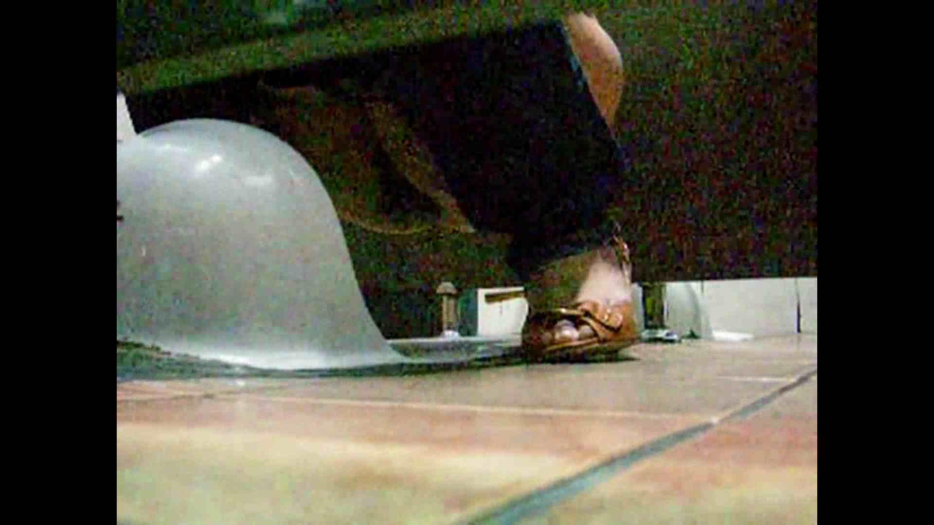 潜伏韓国トイレ北緯38度線!Vol.09 女体盗撮 覗きオメコ動画キャプチャ 63連発 14
