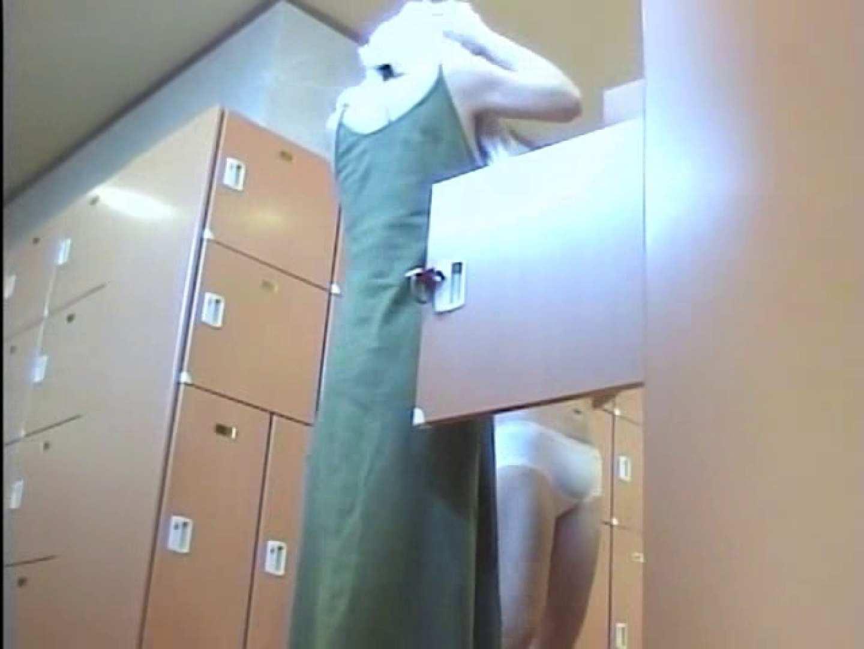 浴場潜入脱衣の瞬間!第三弾 vol.2 隠撮 のぞきエロ無料画像 101連発 44