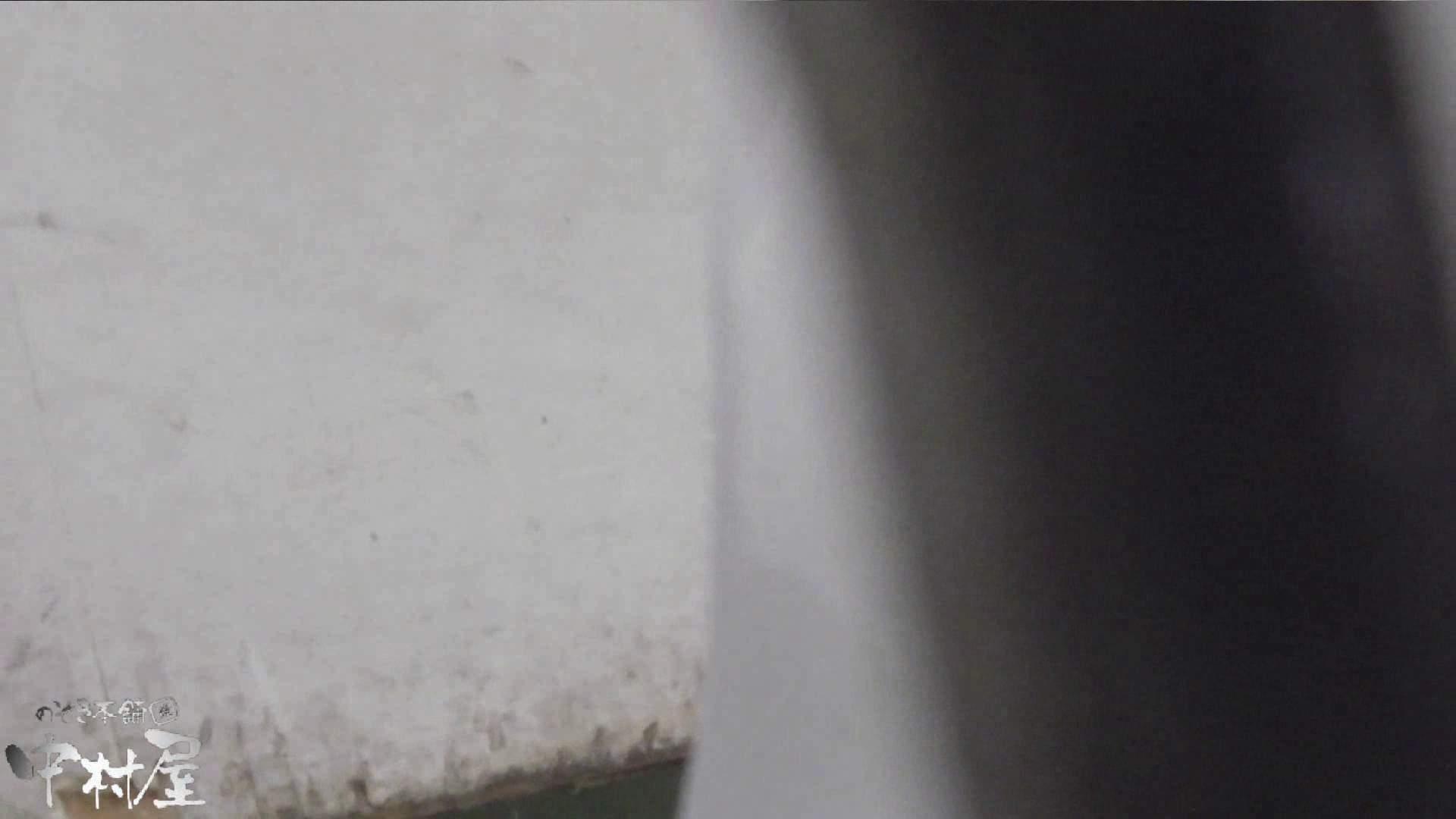 vol.14 命がけ潜伏洗面所! 色白ネーチャンヒクヒク! 洗面所 覗きおまんこ画像 93連発 27