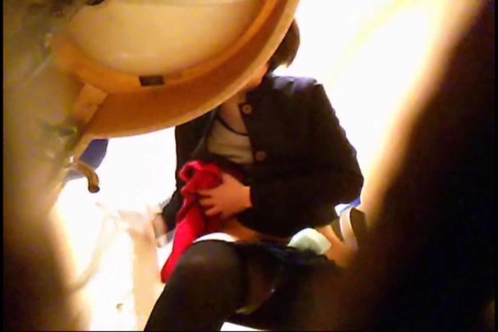 潜入!!女子化粧室盗撮~絶対見られたくない時間~vo,14 パンツ 覗きスケベ動画紹介 109連発 39
