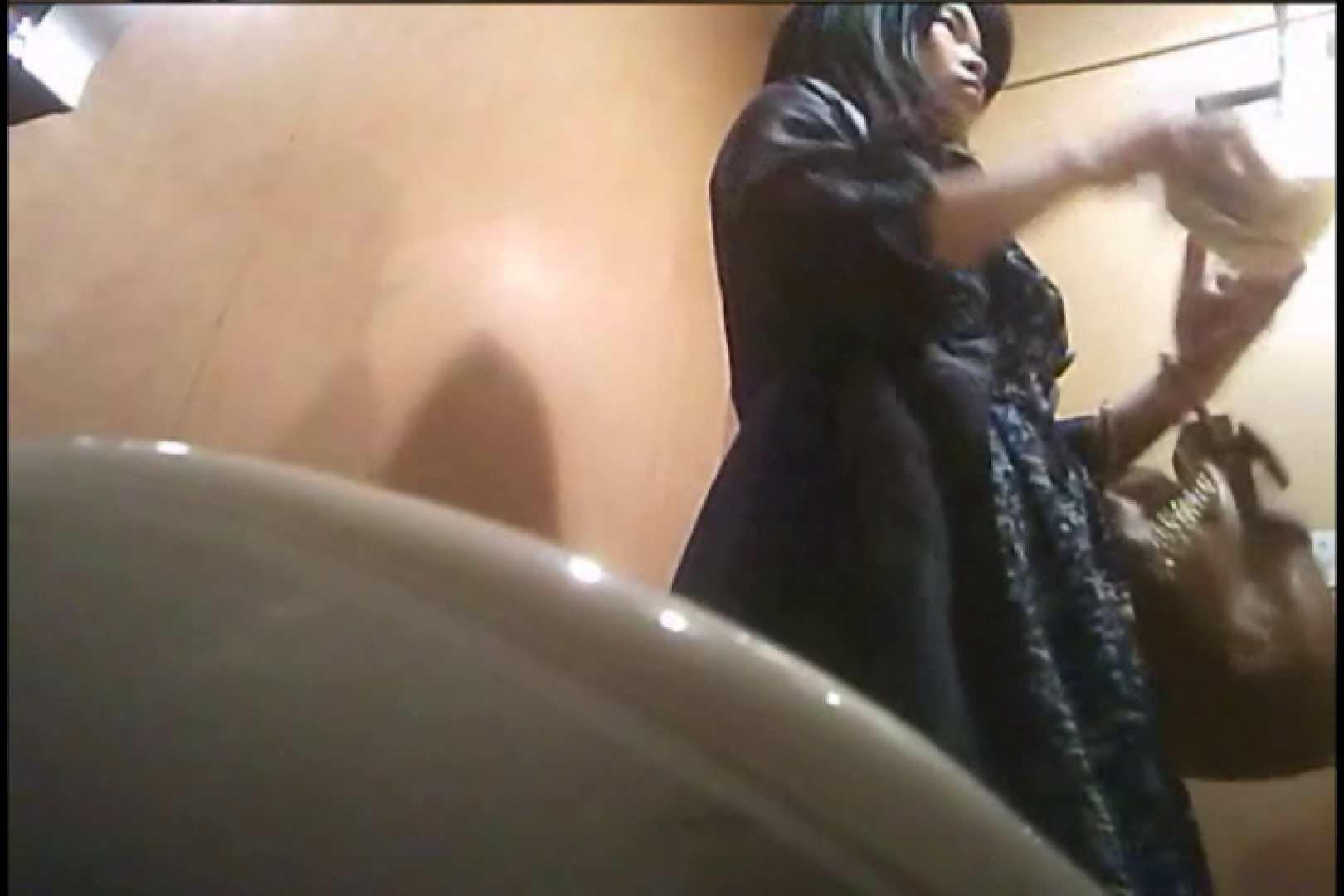 潜入!!女子化粧室盗撮~絶対見られたくない時間~vo,19 潜入 のぞき濡れ場動画紹介 62連発 34