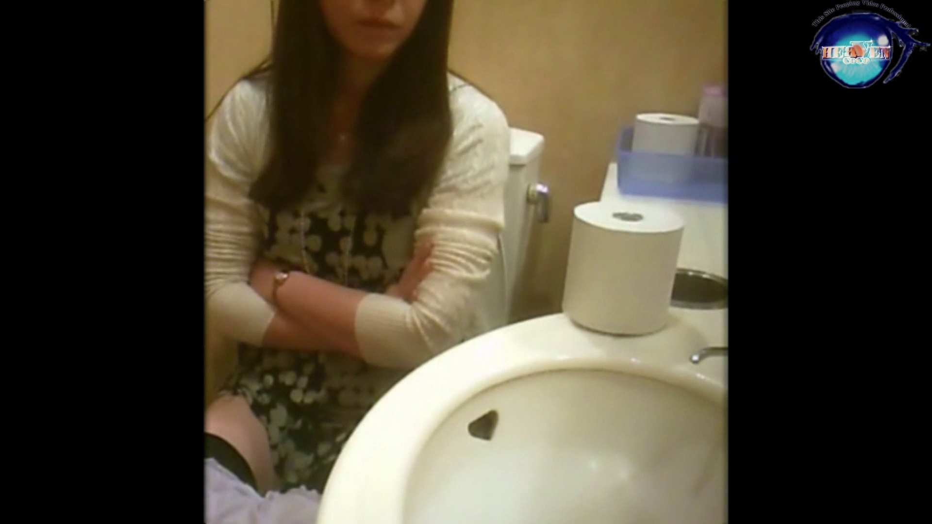 突撃!女子化粧室の真実vol.19 後編 OL女体 おめこ無修正画像 88連発 26