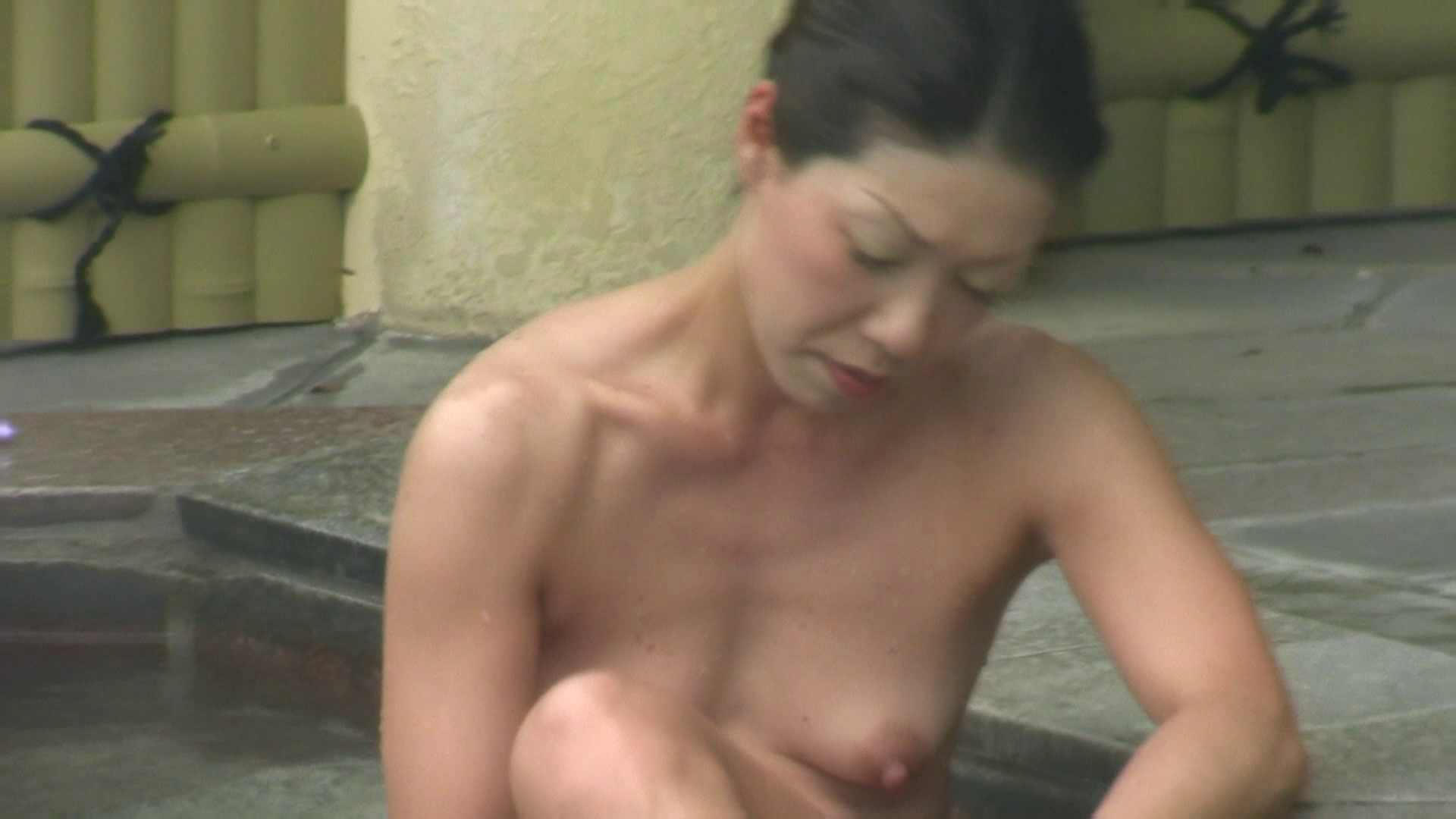 高画質露天女風呂観察 vol.036 入浴  73連発 14
