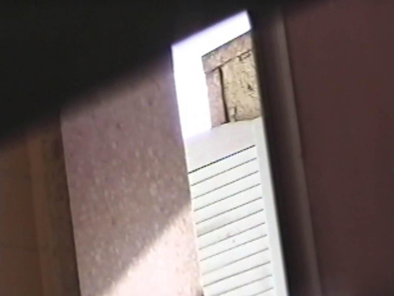 東横線自由が丘の厠④ 放尿流出 エロ画像 83連発 82