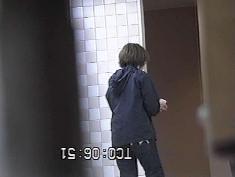秘宝伝厠盗撮録! 潜入編 お顔バッチリ! フリーハンド  81連発 66