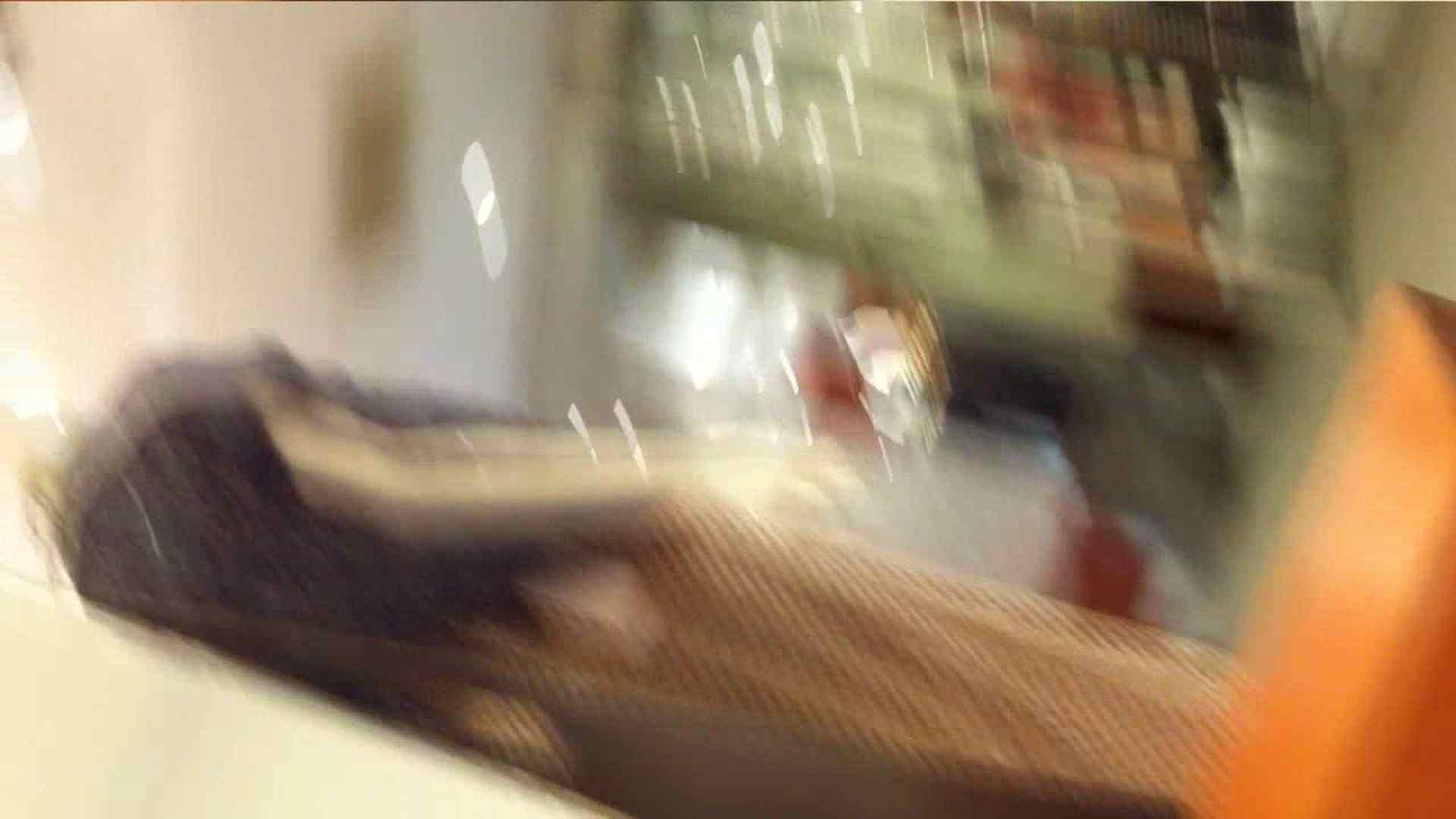 可愛いカリスマ店員限定‼胸チラ&パンチラ vol.22 接写 のぞき濡れ場動画紹介 85連発 39
