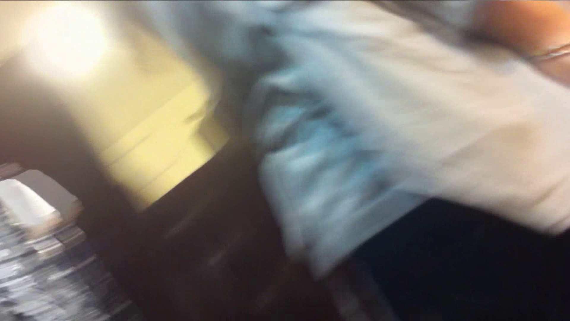 vol.40 美人アパレル胸チラ&パンチラ もっこりパンチラ! おまんこ丸見え 隠し撮りオマンコ動画紹介 70連発 27