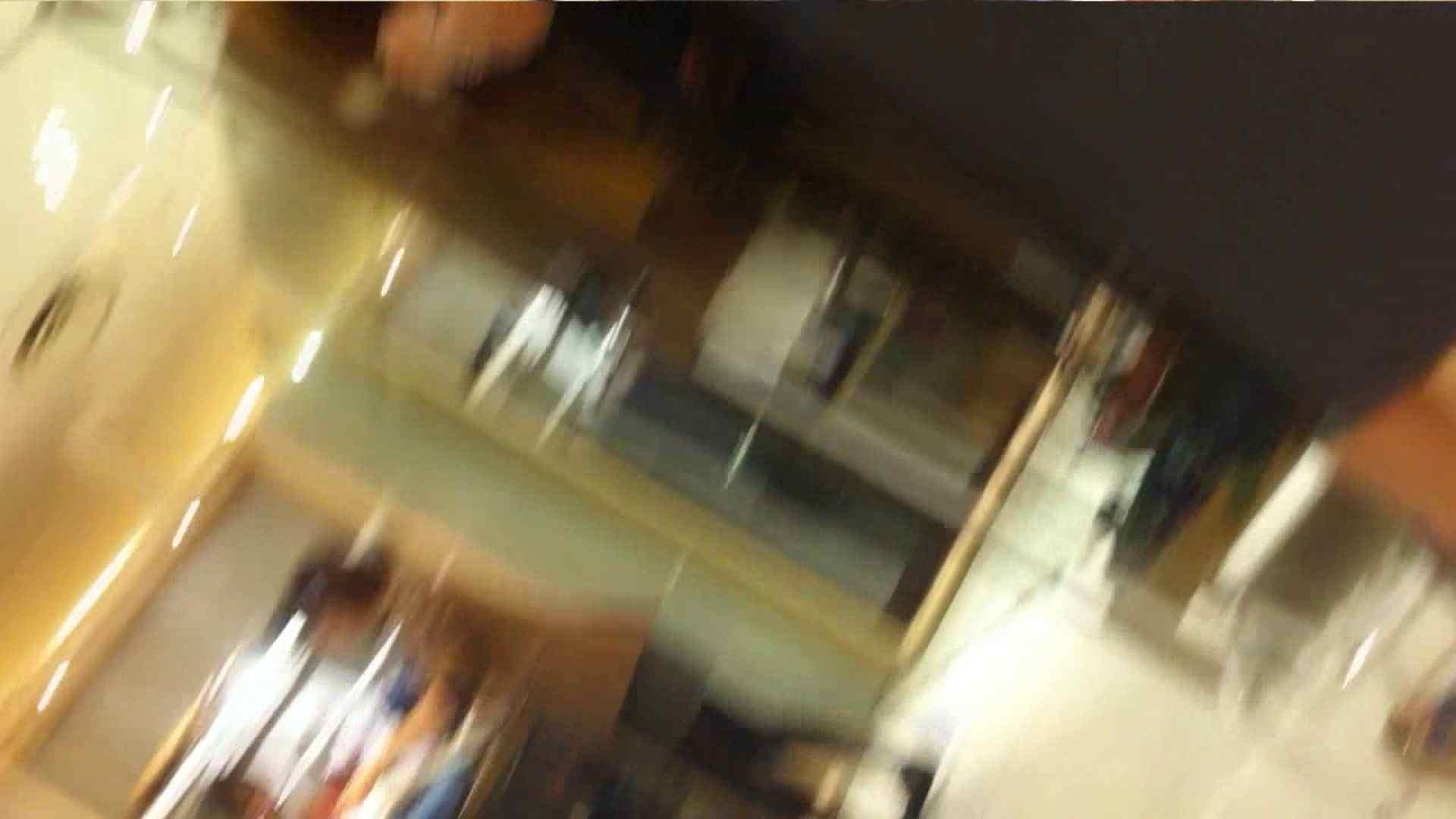 vol.40 美人アパレル胸チラ&パンチラ もっこりパンチラ! おまんこ丸見え 隠し撮りオマンコ動画紹介 70連発 41