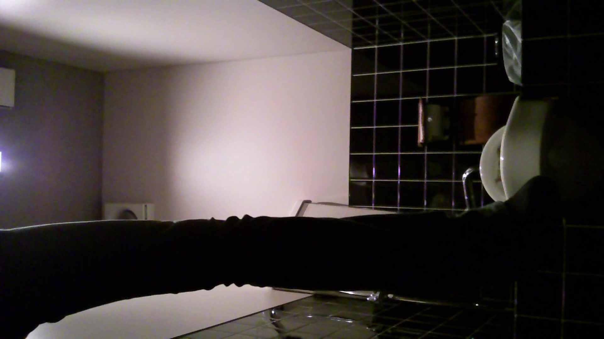 美女の集まる飲み屋洗面所 vol.01 美女 のぞき動画画像 104連発 71