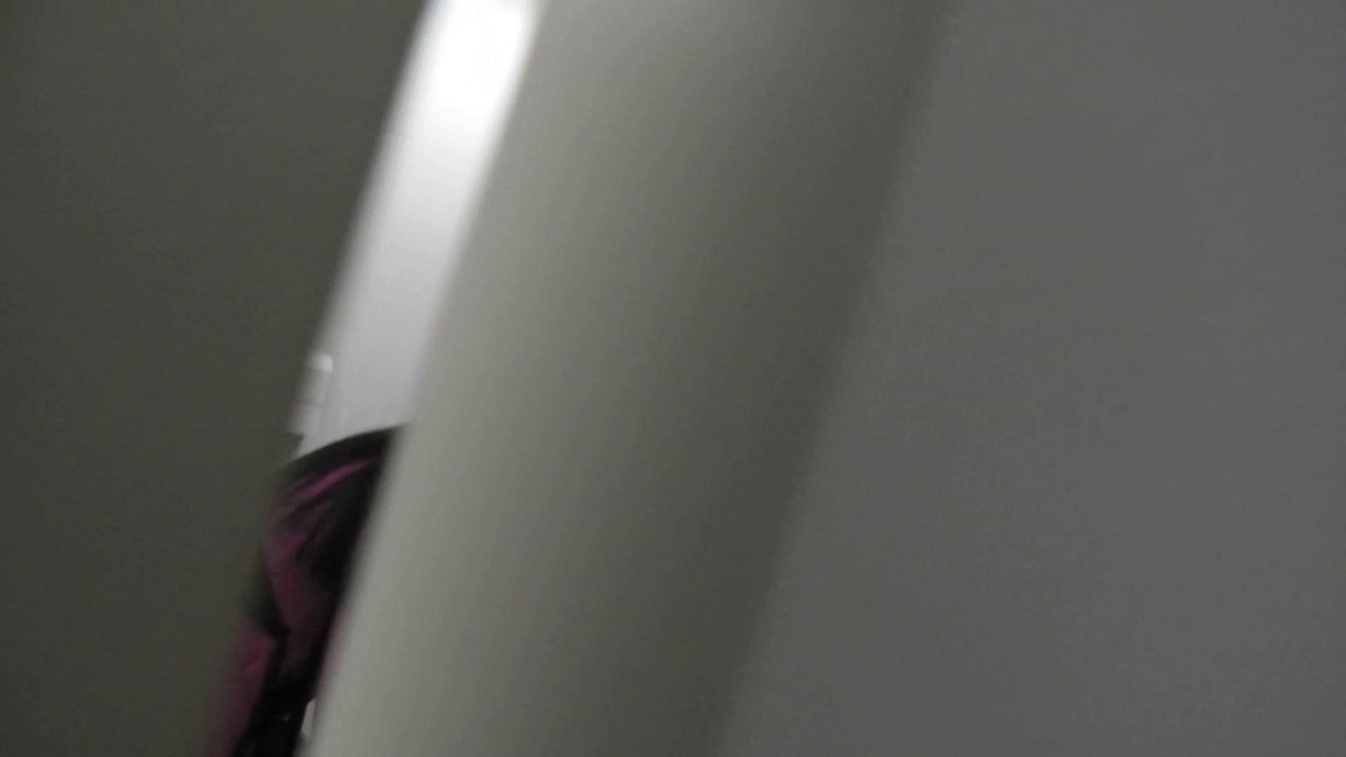 【日本成人用品展览会。超模如云】vol.01 着替|空爆 潜入 覗きワレメ動画紹介 66連発 32