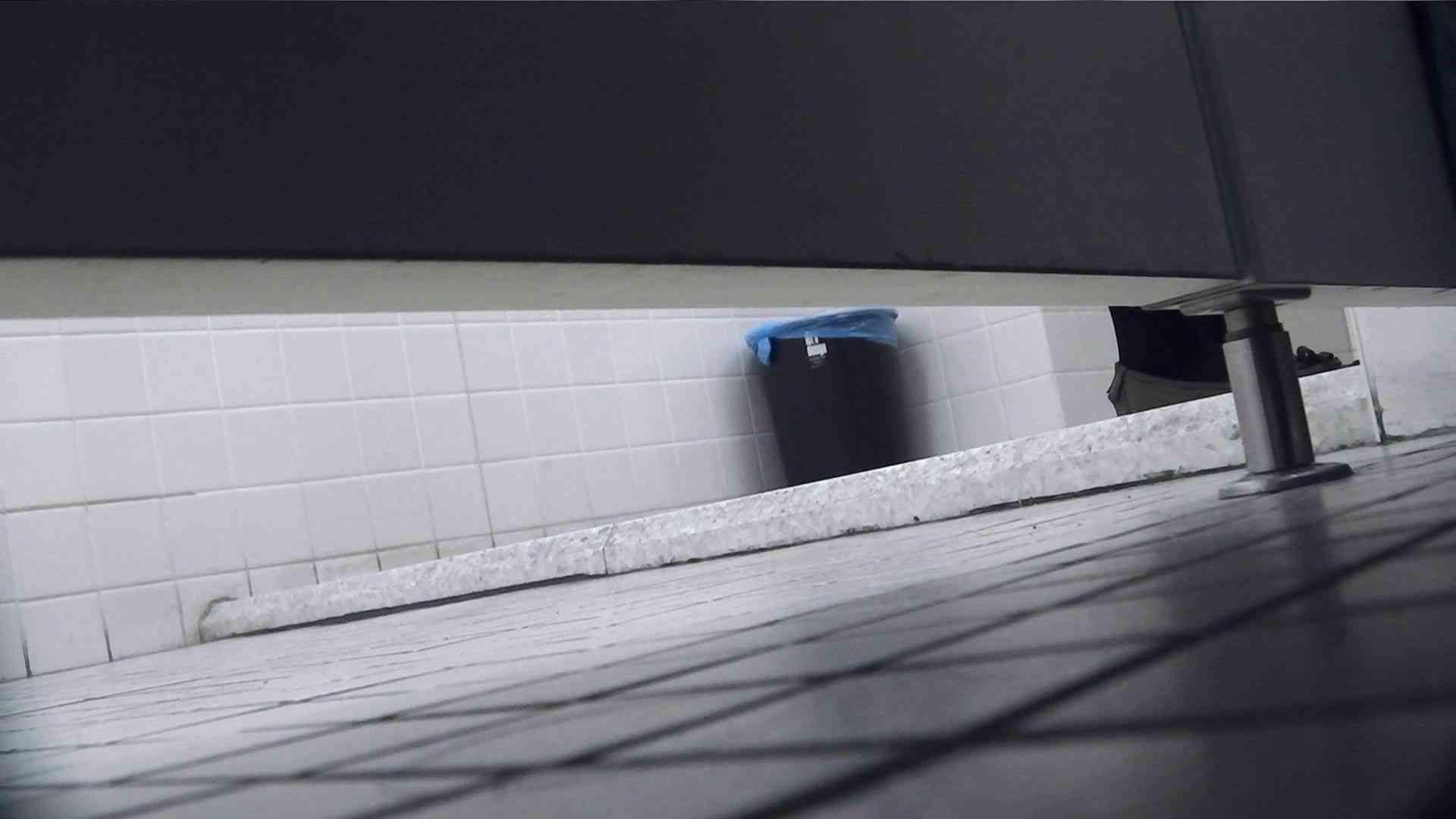 vol.01 命がけ潜伏洗面所! 活きの良いのを集めてみました。 プライベート のぞき動画画像 60連発 23