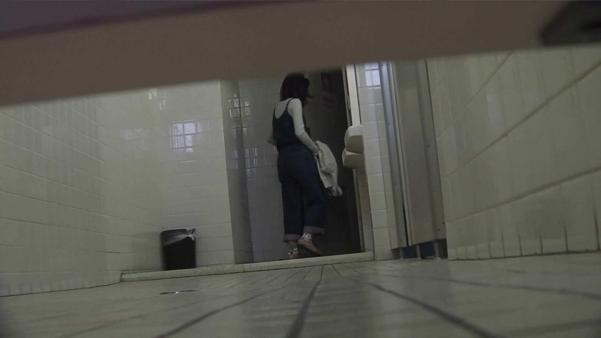 vol.11 命がけ潜伏洗面所! 多い日は大変です。 プライベート おまんこ動画流出 98連発 23