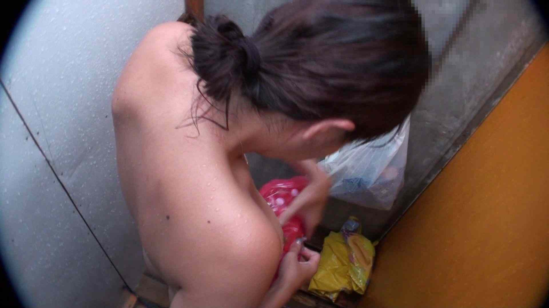 ハイビジョンシャワールームは超!!危険な香りVol.31 清楚なママのパンツはティーバック 高画質   シャワー  107連発 65