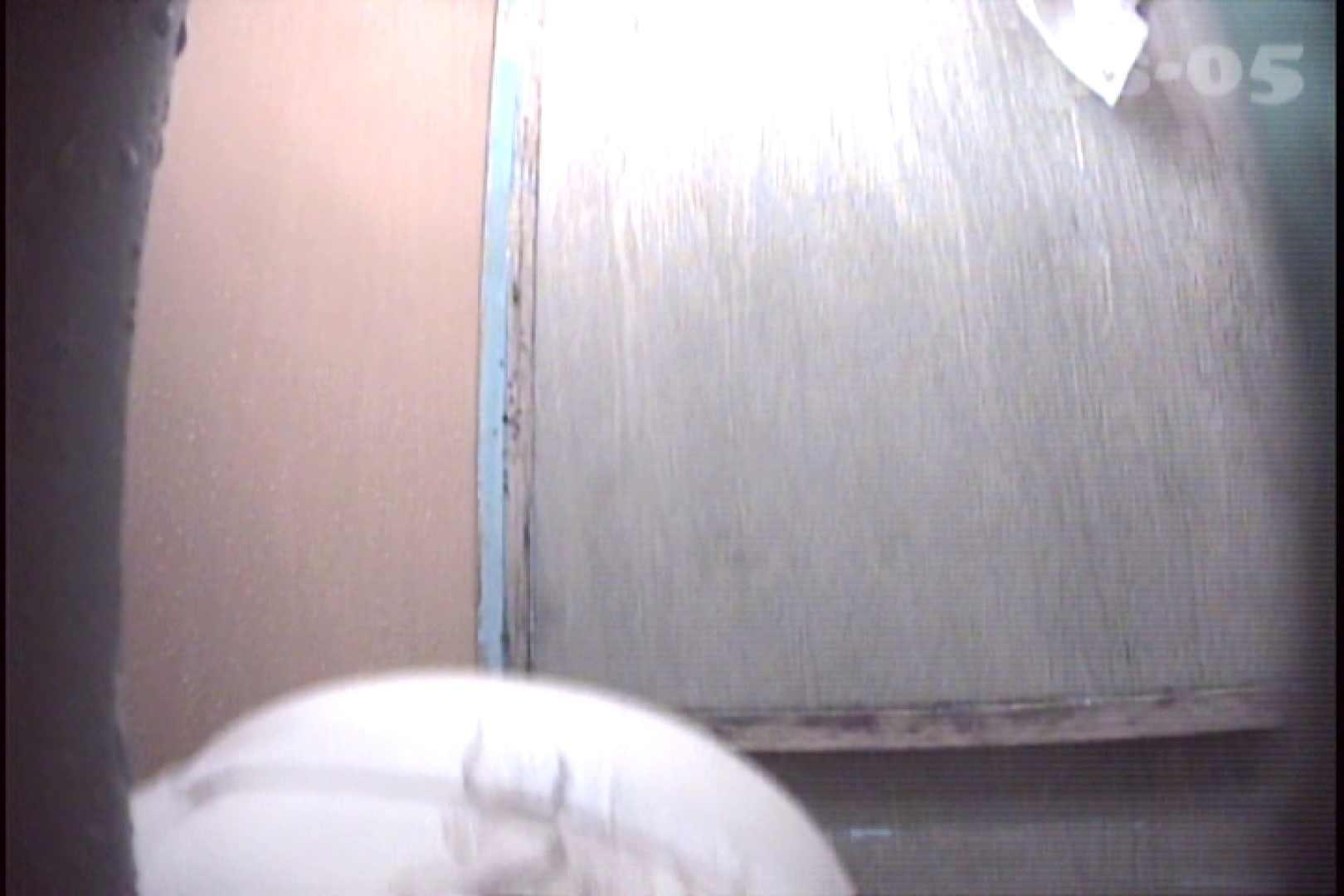 File.36 珍しいポチャポチャ嬢。なかなかの腹回りです。 脱衣所 隠し撮りオマンコ動画紹介 45連発 29