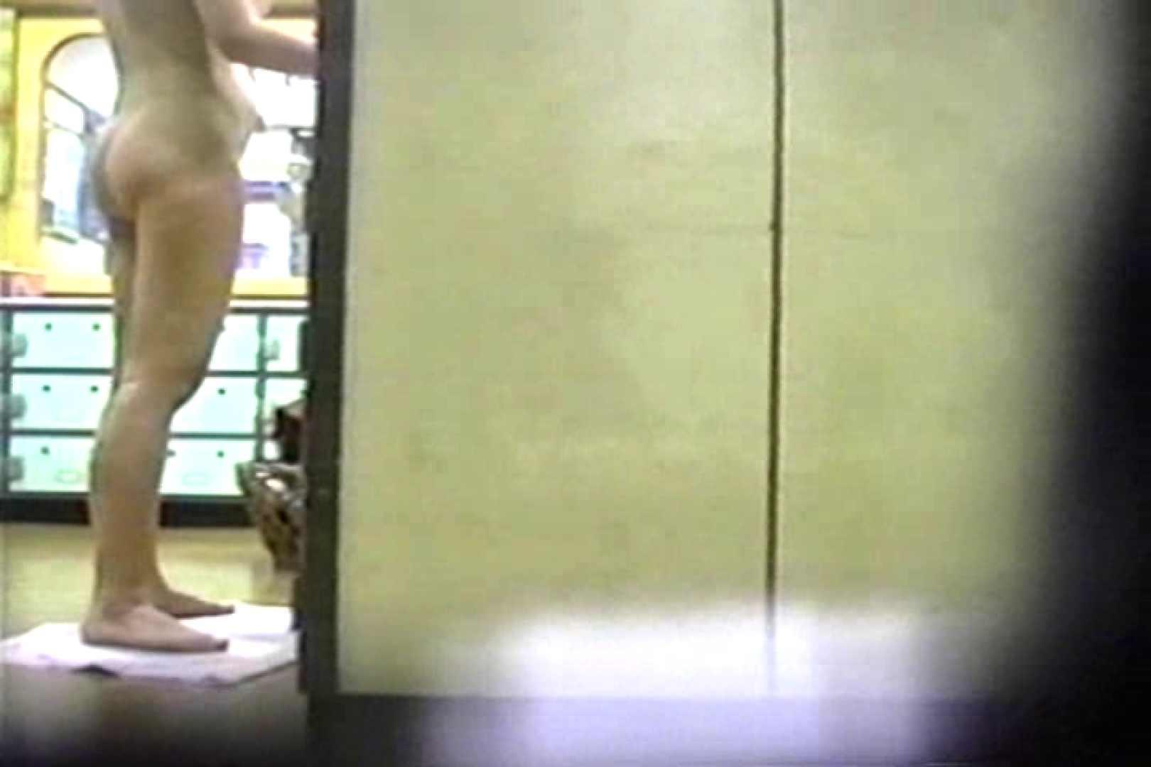 銭湯番台 投稿博多 TK-26 股間流出 のぞき動画画像 92連発 69