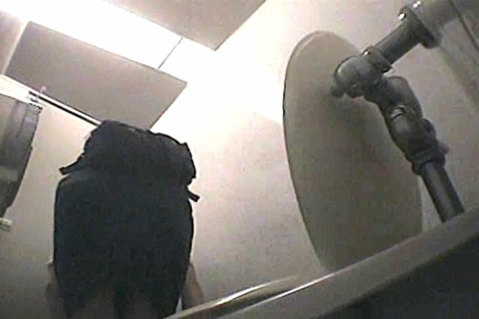 チアリーダーズ洗面所Vol.2 おまんこ丸見え のぞきエロ無料画像 44連発 11