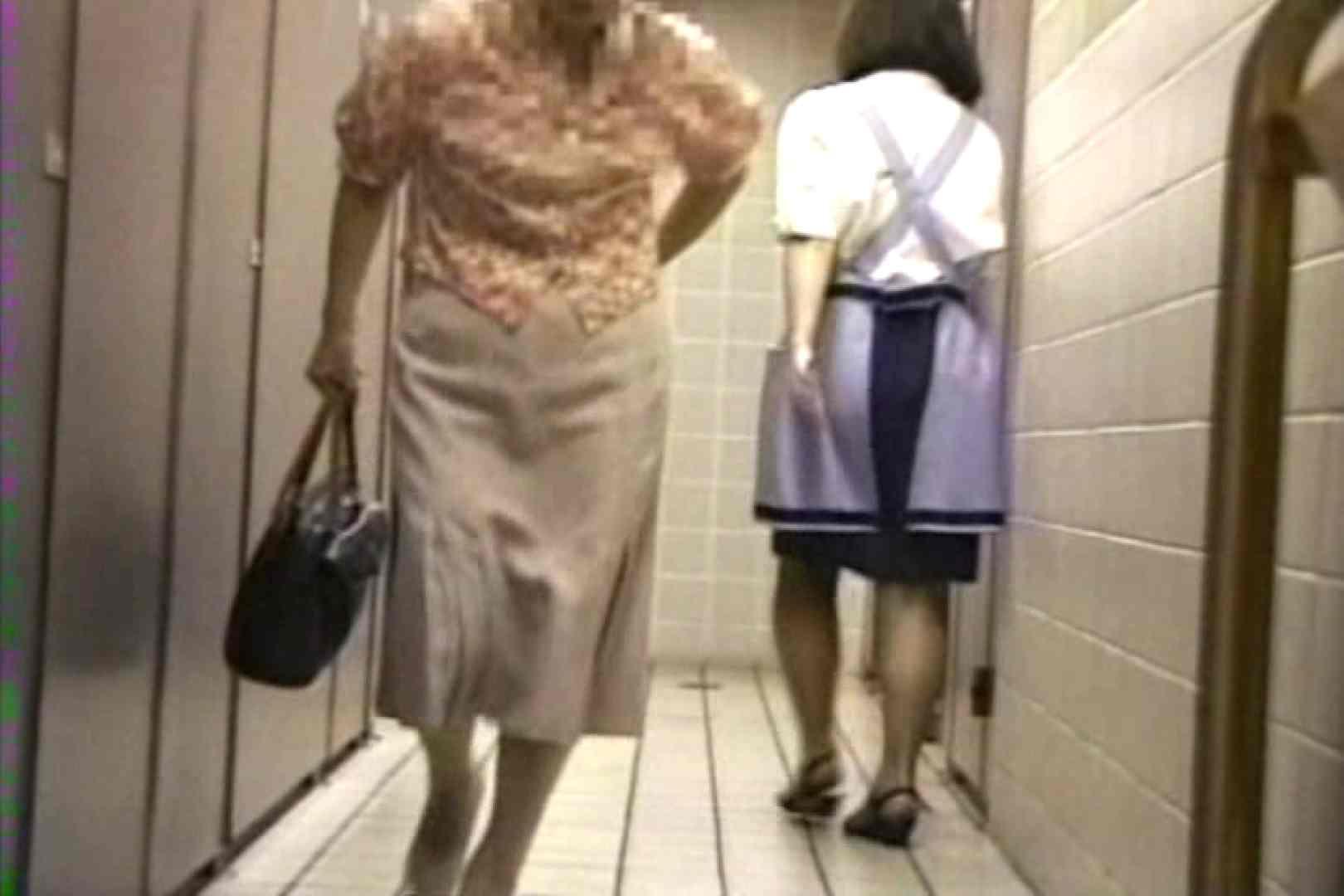 禁断盗撮トイレ 120分 後編 トイレ流出  77連発 50