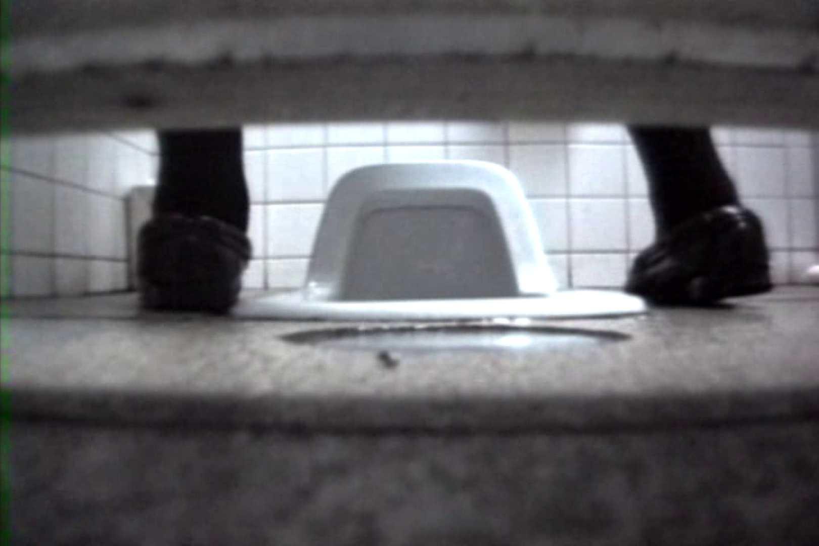 禁断盗撮トイレ 120分 後編 トイレ流出  77連発 66