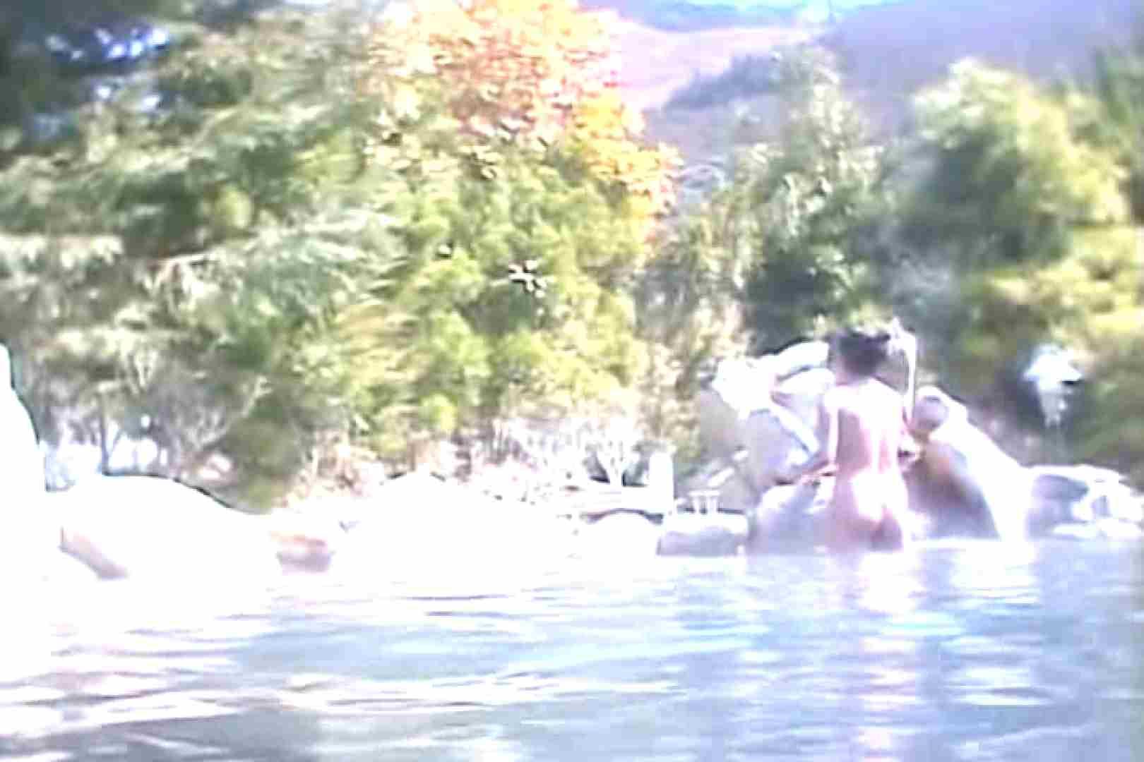 女体舞う 女体接写森林浴場Vol.6 全裸 隠し撮りセックス画像 105連発 32