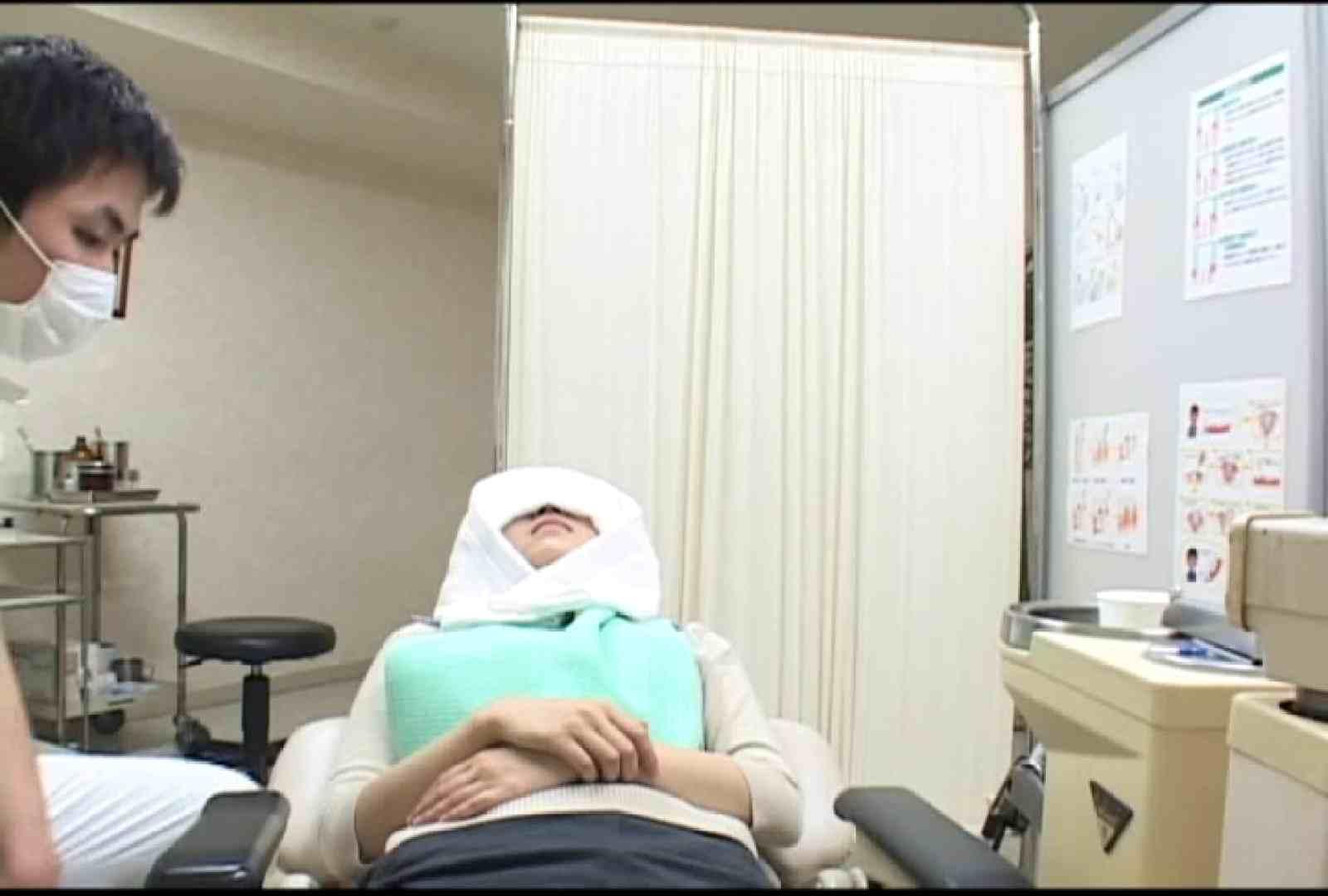 看護師が流出させた歯科医院接写パンツVol.3 下半身 盗み撮りオマンコ動画キャプチャ 68連発 43