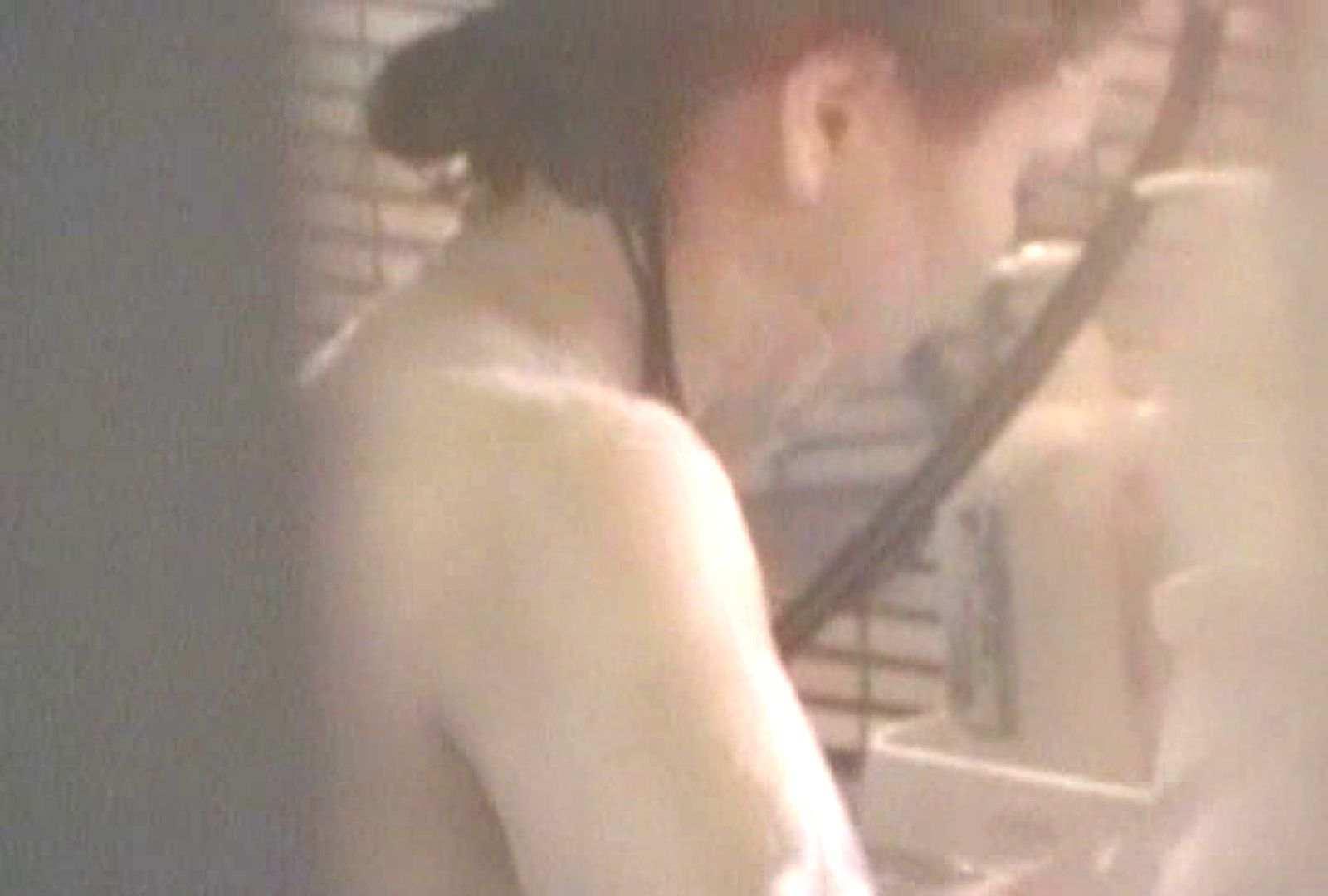 素人投稿シリーズ 盗撮 覗きの穴場 大浴場編  Vol.2 素人 | 女体盗撮  91連発 16