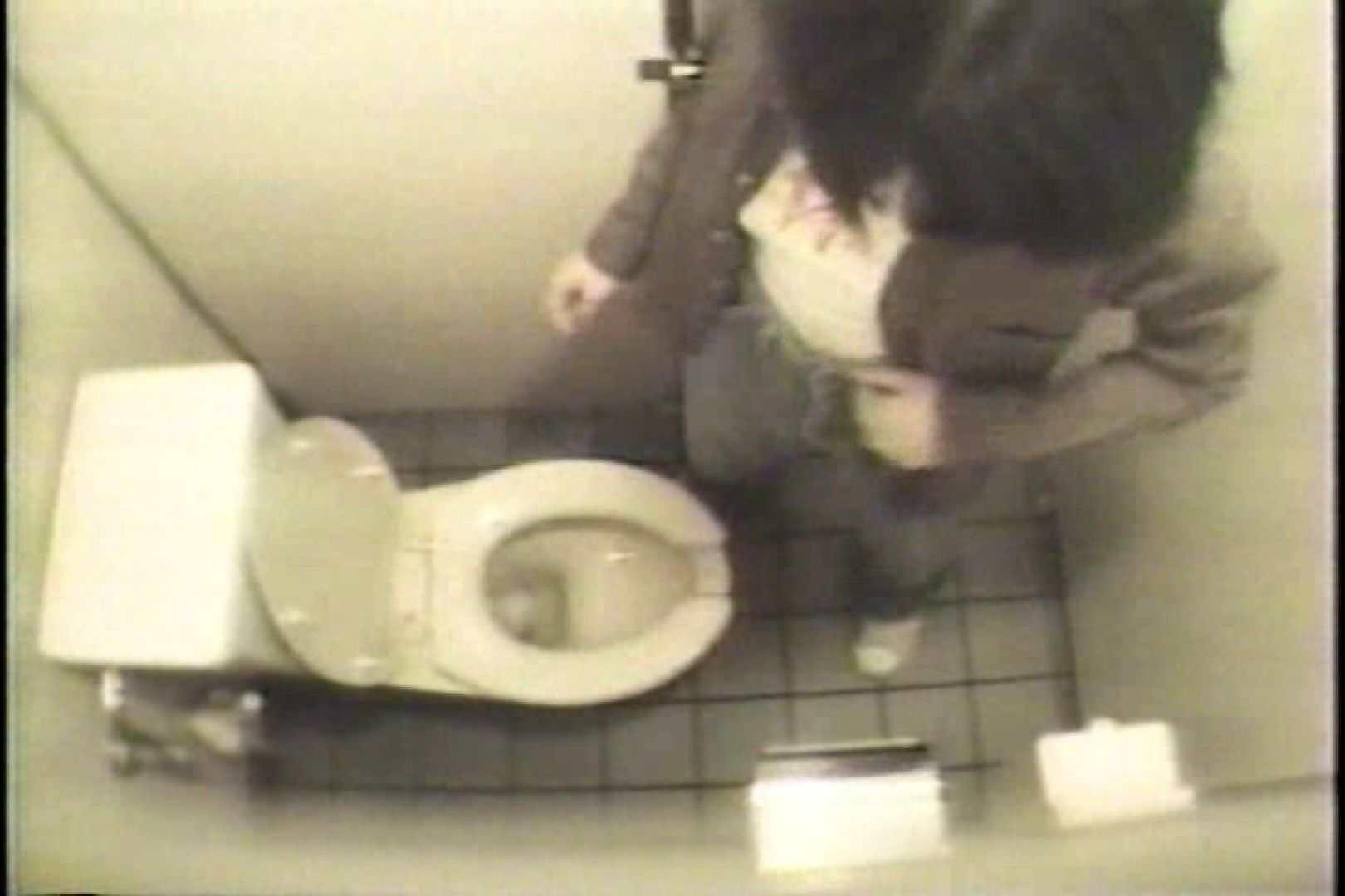 盗撮 女子洗面所3ヶ所入ってしゃがんで音出して プライベート  109連発 8