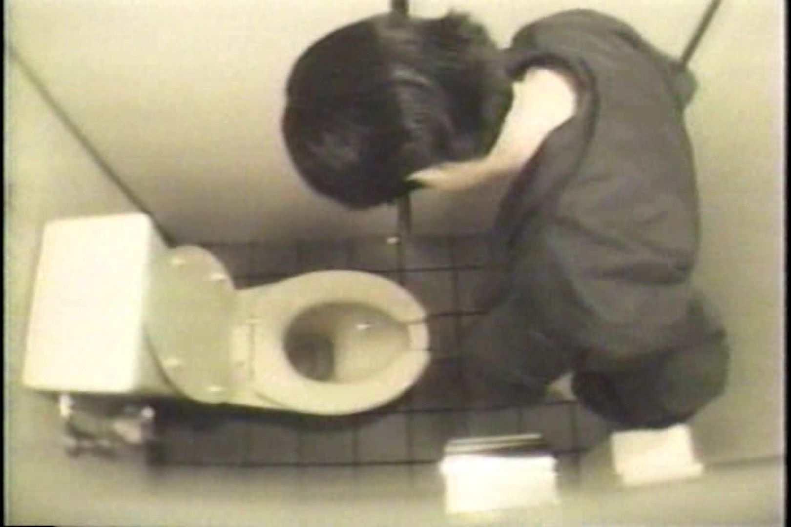 盗撮 女子洗面所3ヶ所入ってしゃがんで音出して プライベート   和式  109連発 13