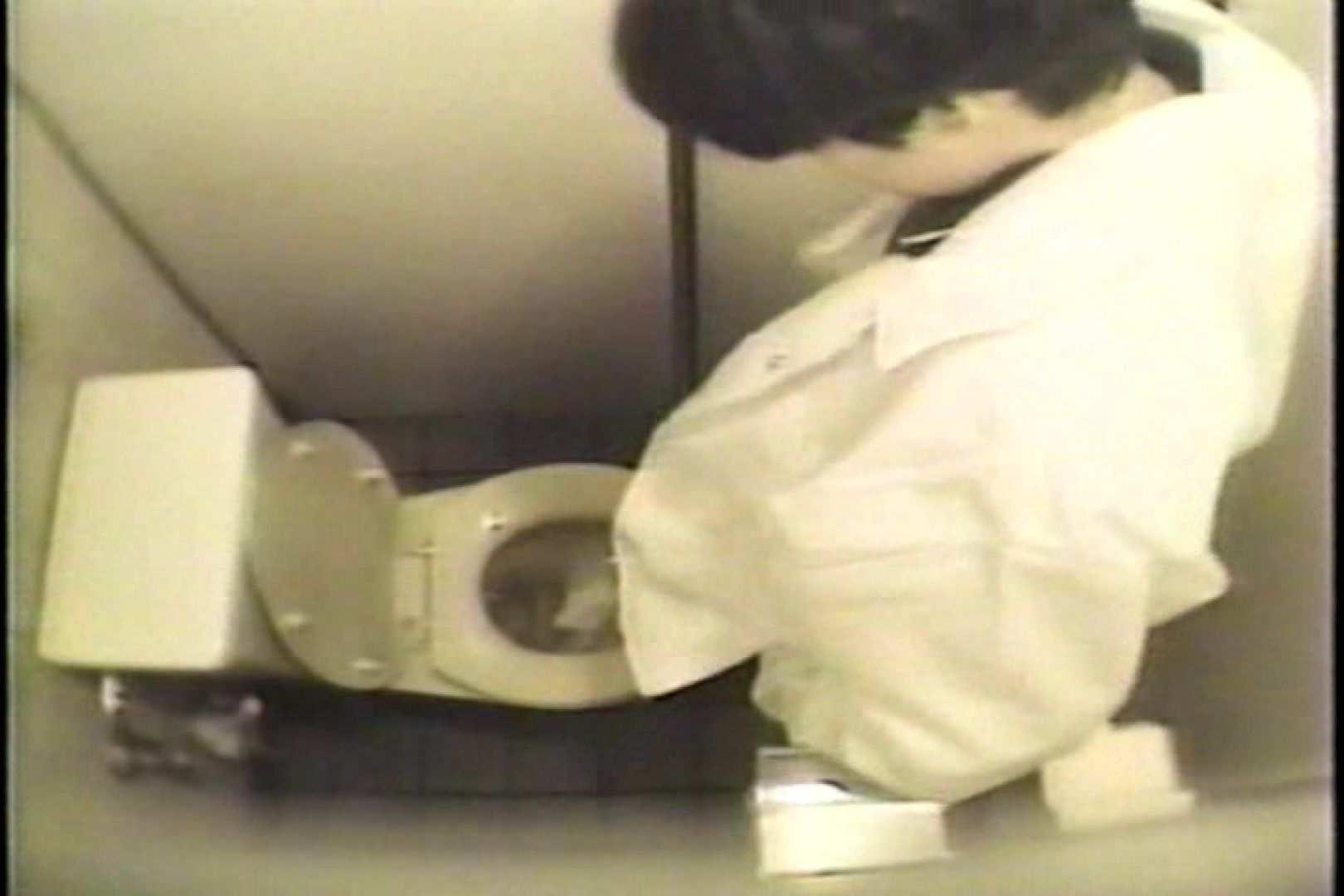 盗撮 女子洗面所3ヶ所入ってしゃがんで音出して 女体盗撮 のぞきエロ無料画像 109連発 22